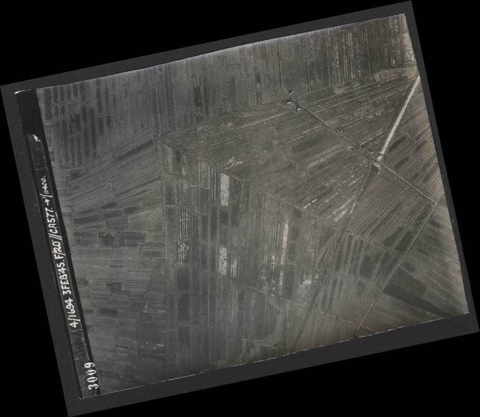 Collection RAF aerial photos 1940-1945 - flight 292, run 01, photo 3009