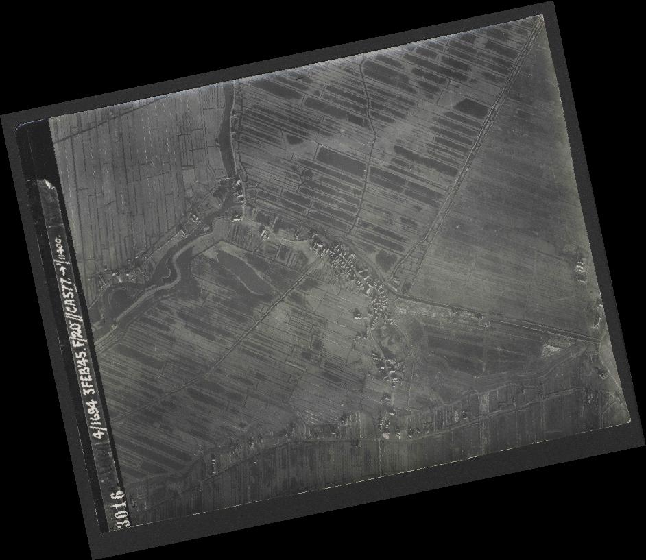 Collection RAF aerial photos 1940-1945 - flight 292, run 01, photo 3016