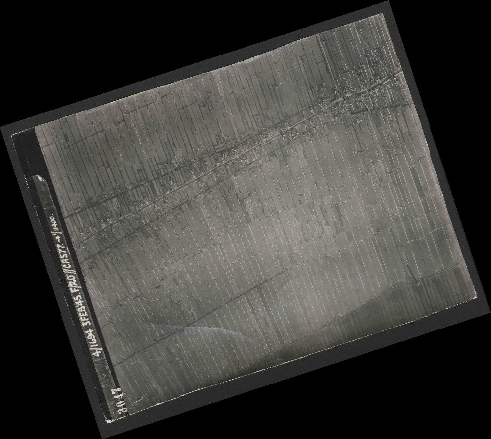 Collection RAF aerial photos 1940-1945 - flight 292, run 01, photo 3047