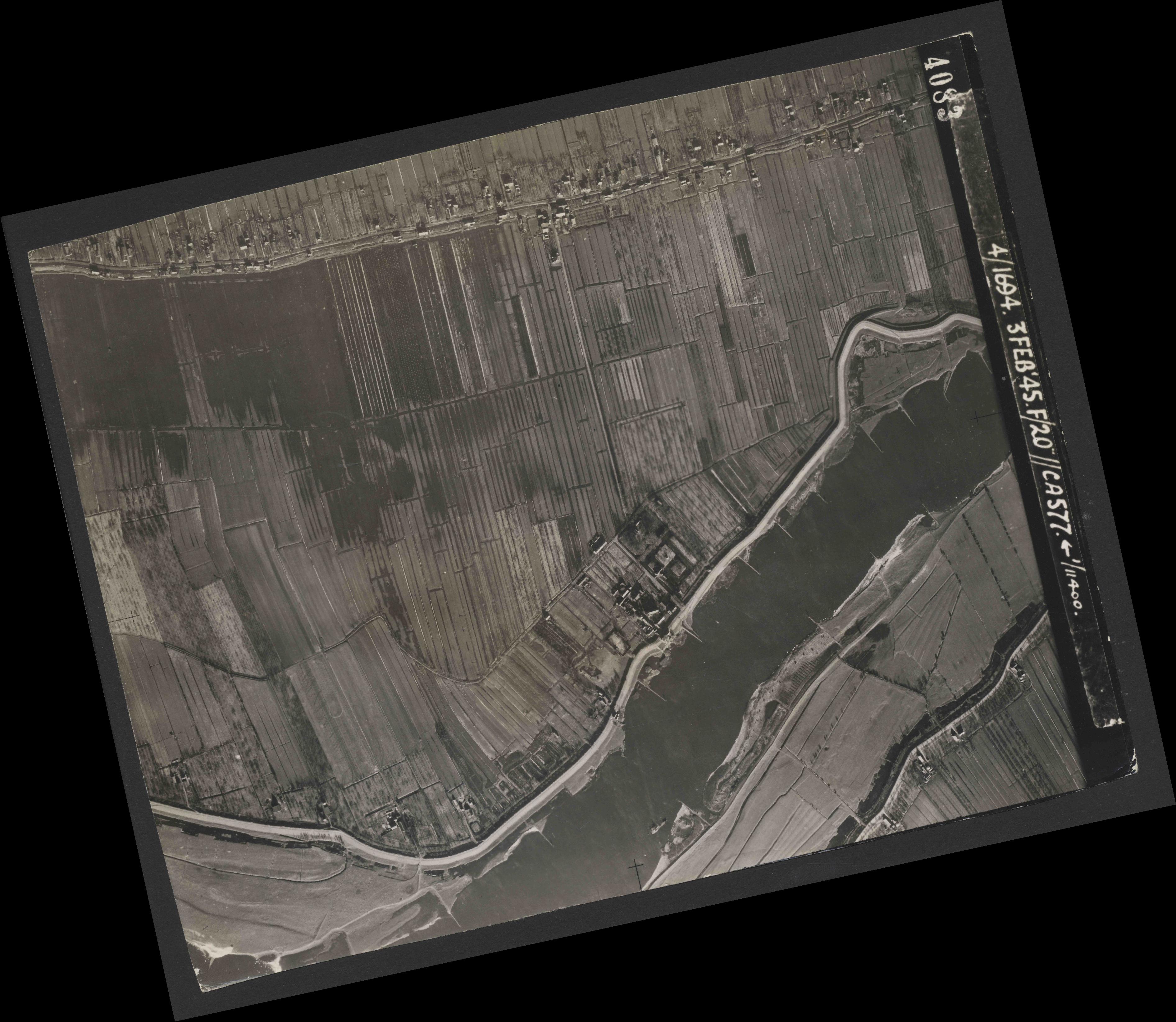 Collection RAF aerial photos 1940-1945 - flight 292, run 04, photo 4083