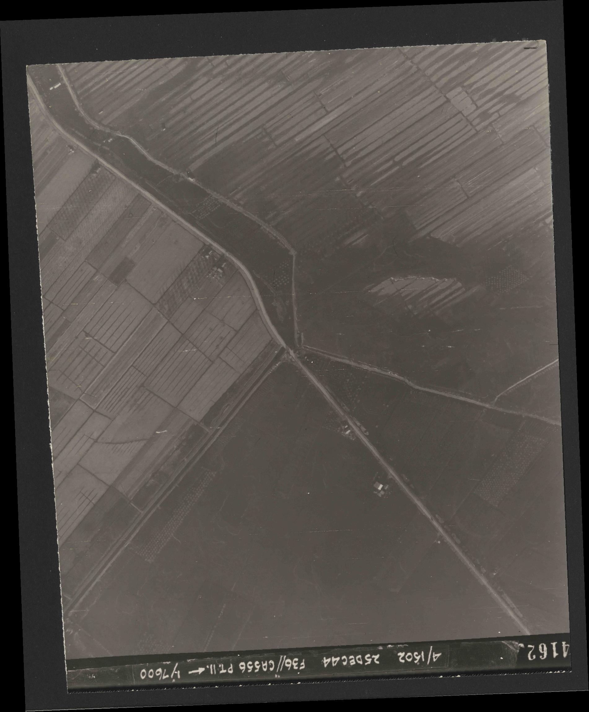 Collection RAF aerial photos 1940-1945 - flight 306, run 05, photo 4162
