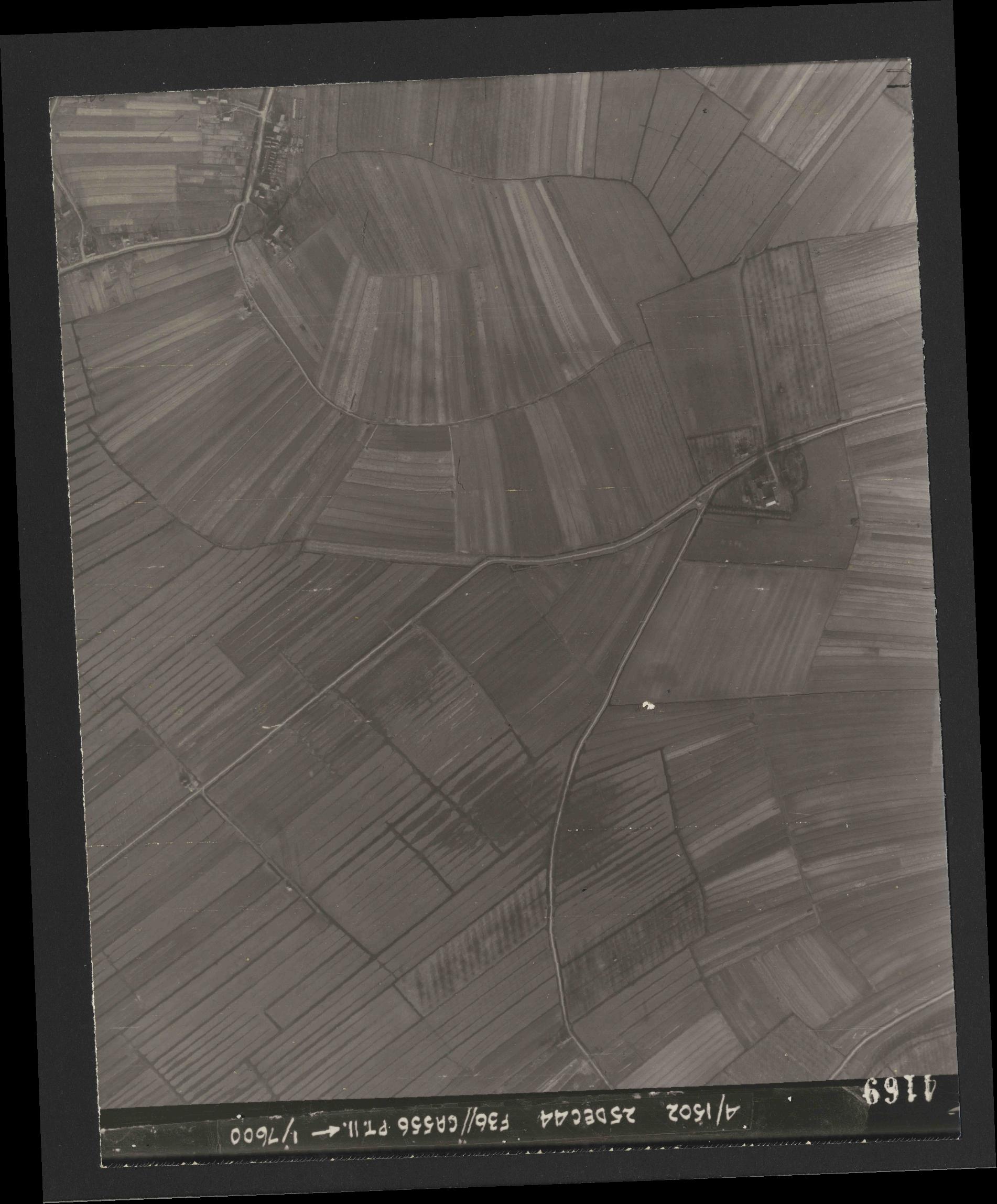 Collection RAF aerial photos 1940-1945 - flight 306, run 05, photo 4169