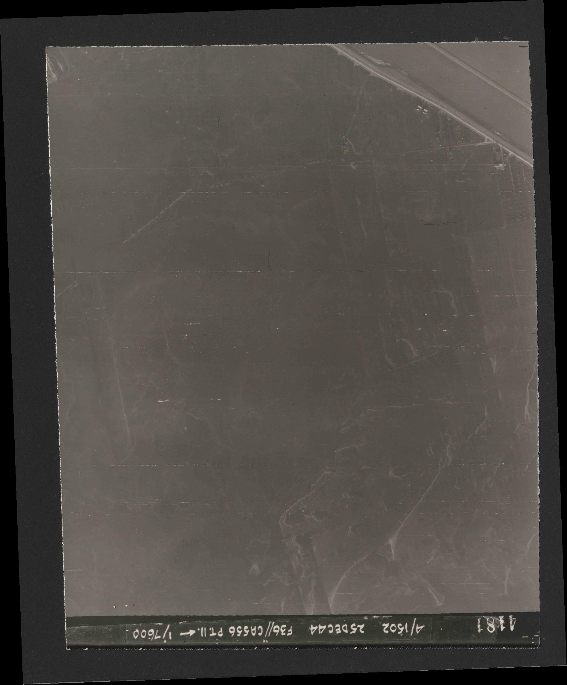 Collection RAF aerial photos 1940-1945 - flight 306, run 05, photo 4181