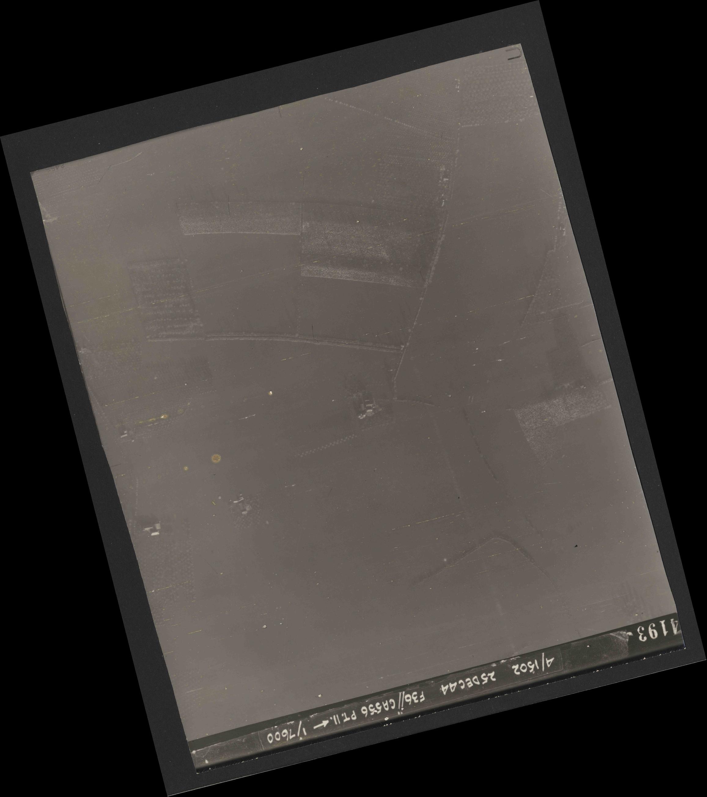 Collection RAF aerial photos 1940-1945 - flight 306, run 05, photo 4193