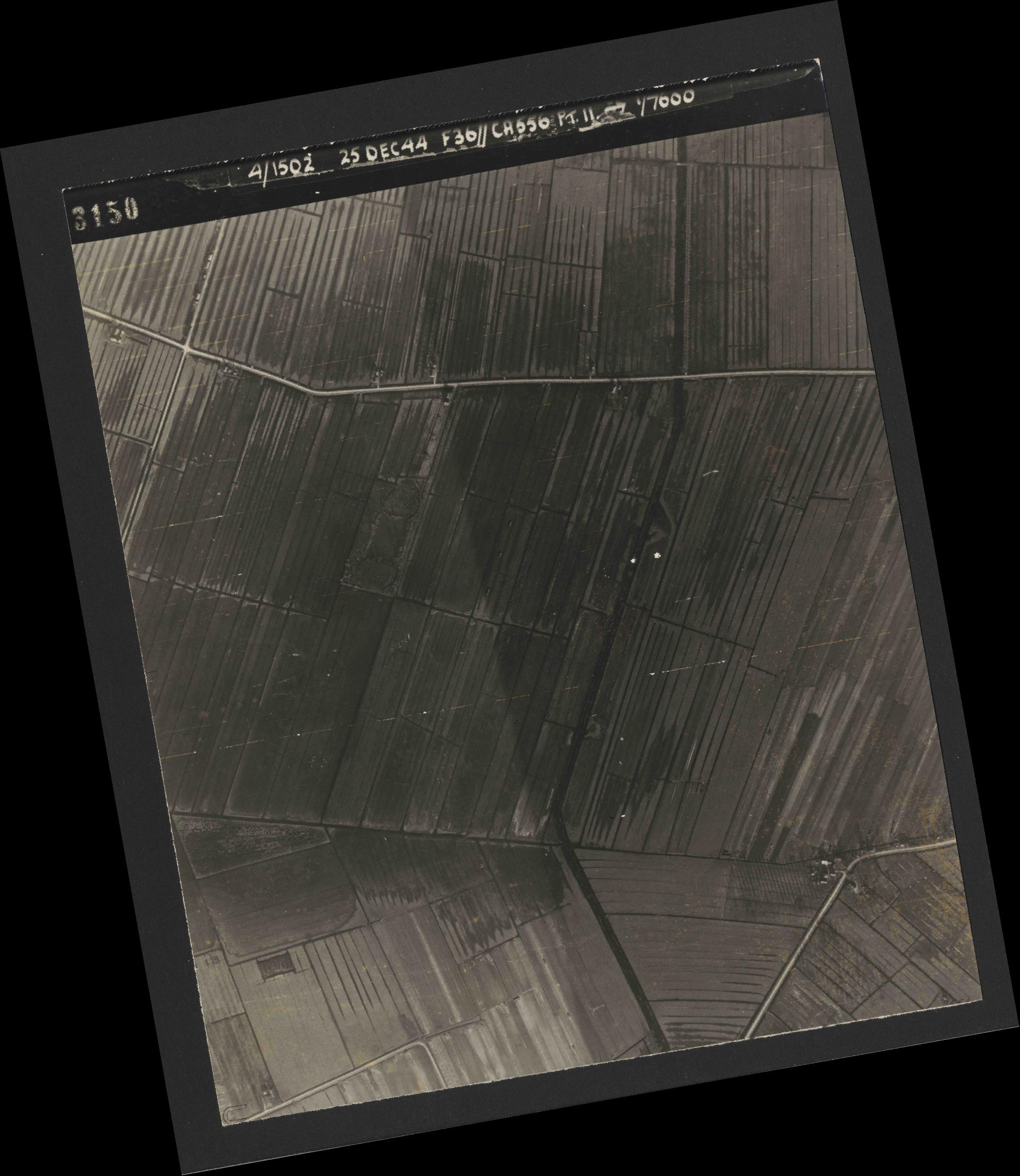 Collection RAF aerial photos 1940-1945 - flight 306, run 06, photo 3150