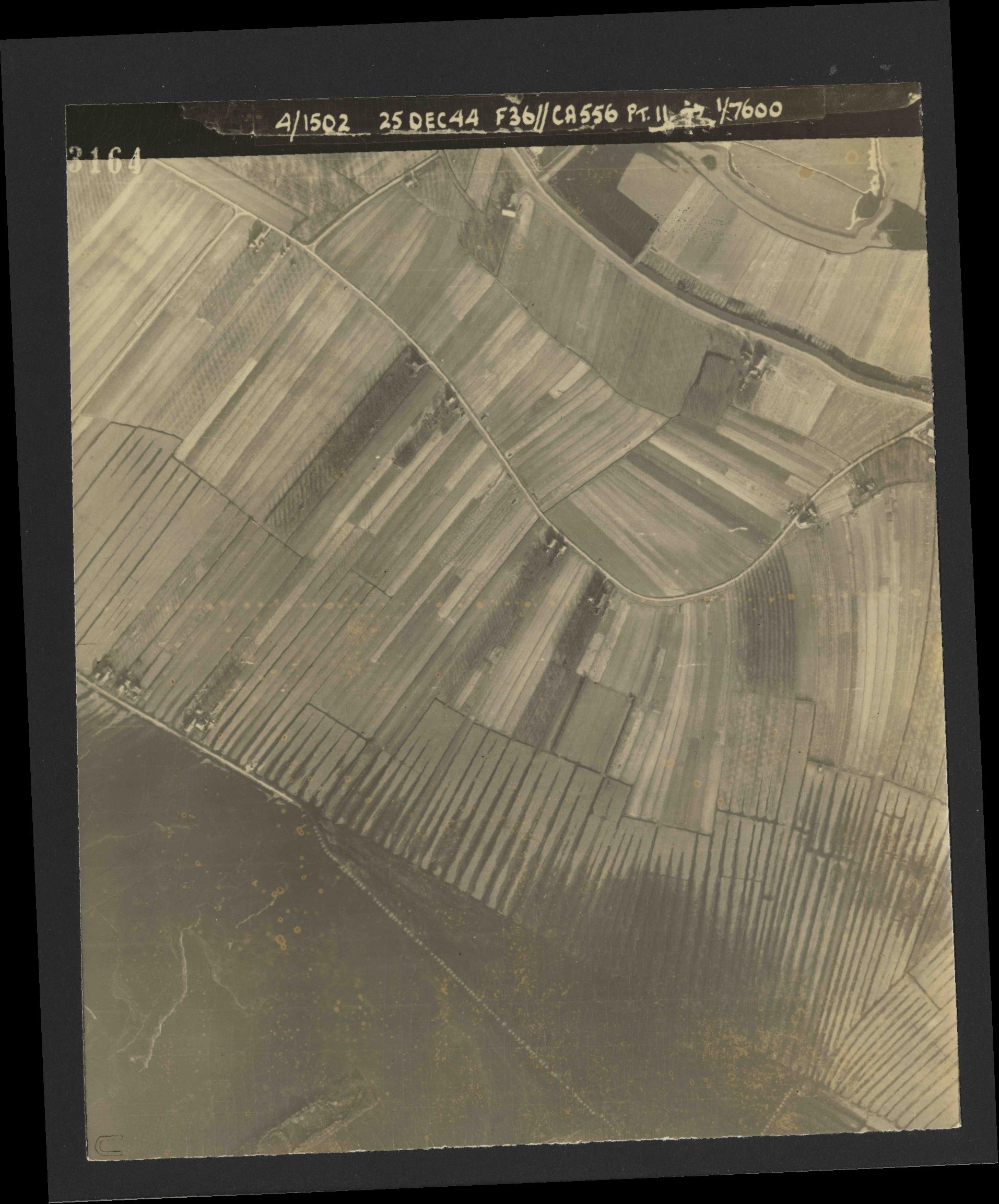 Collection RAF aerial photos 1940-1945 - flight 306, run 06, photo 3164