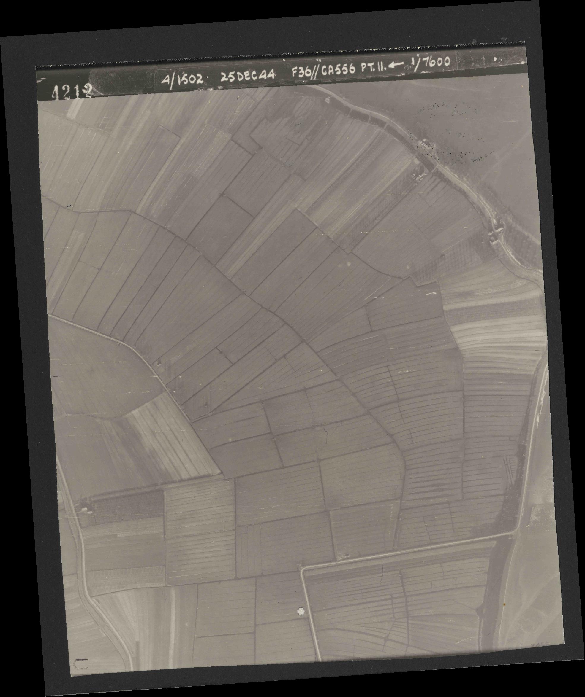 Collection RAF aerial photos 1940-1945 - flight 306, run 07, photo 4212