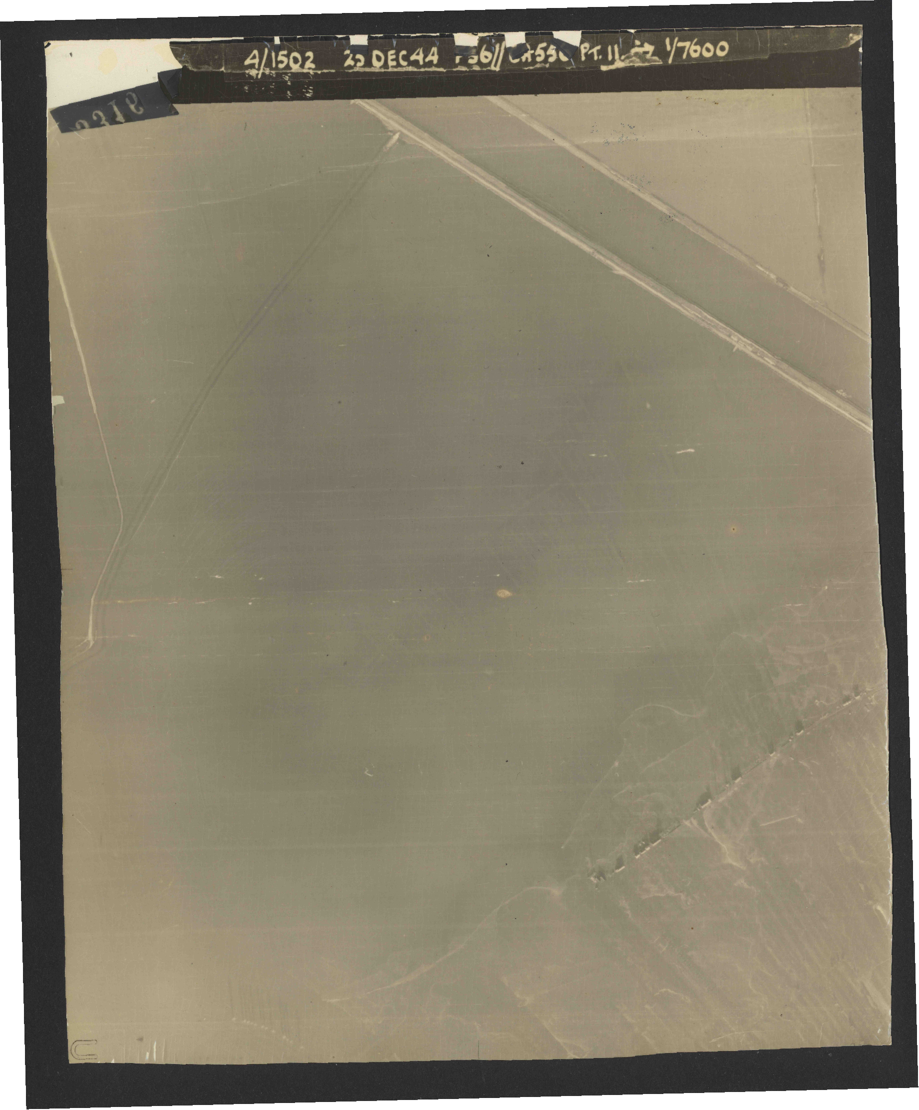 Collection RAF aerial photos 1940-1945 - flight 306, run 10, photo 3316