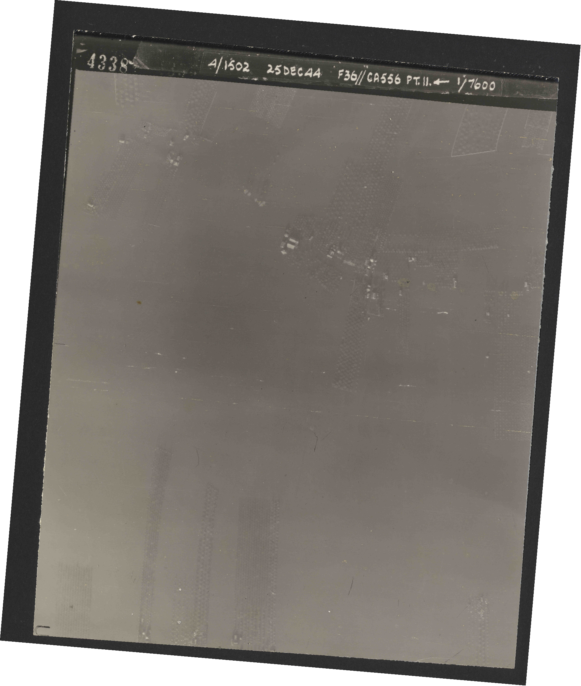 Collection RAF aerial photos 1940-1945 - flight 306, run 11, photo 4338