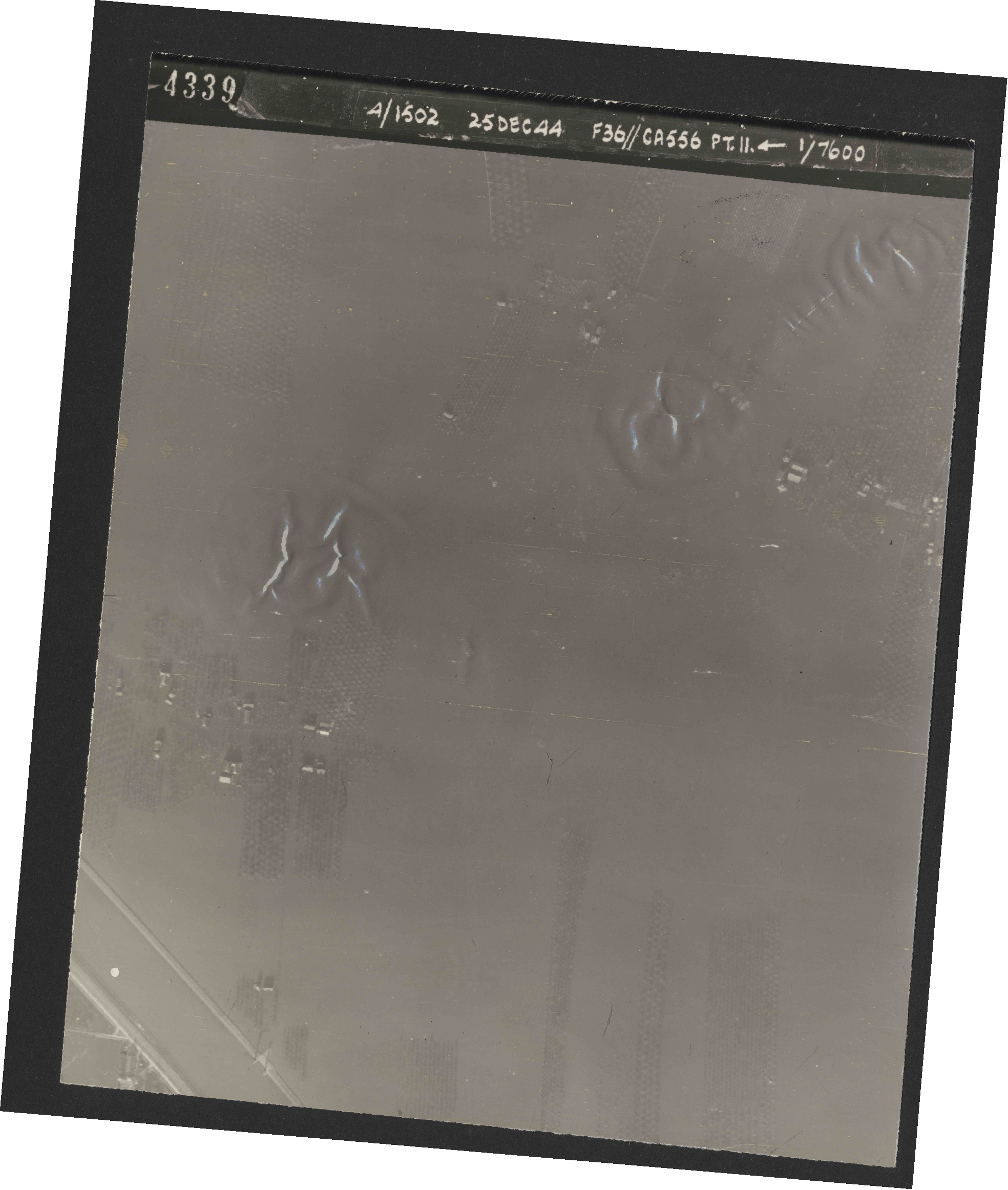 Collection RAF aerial photos 1940-1945 - flight 306, run 11, photo 4339