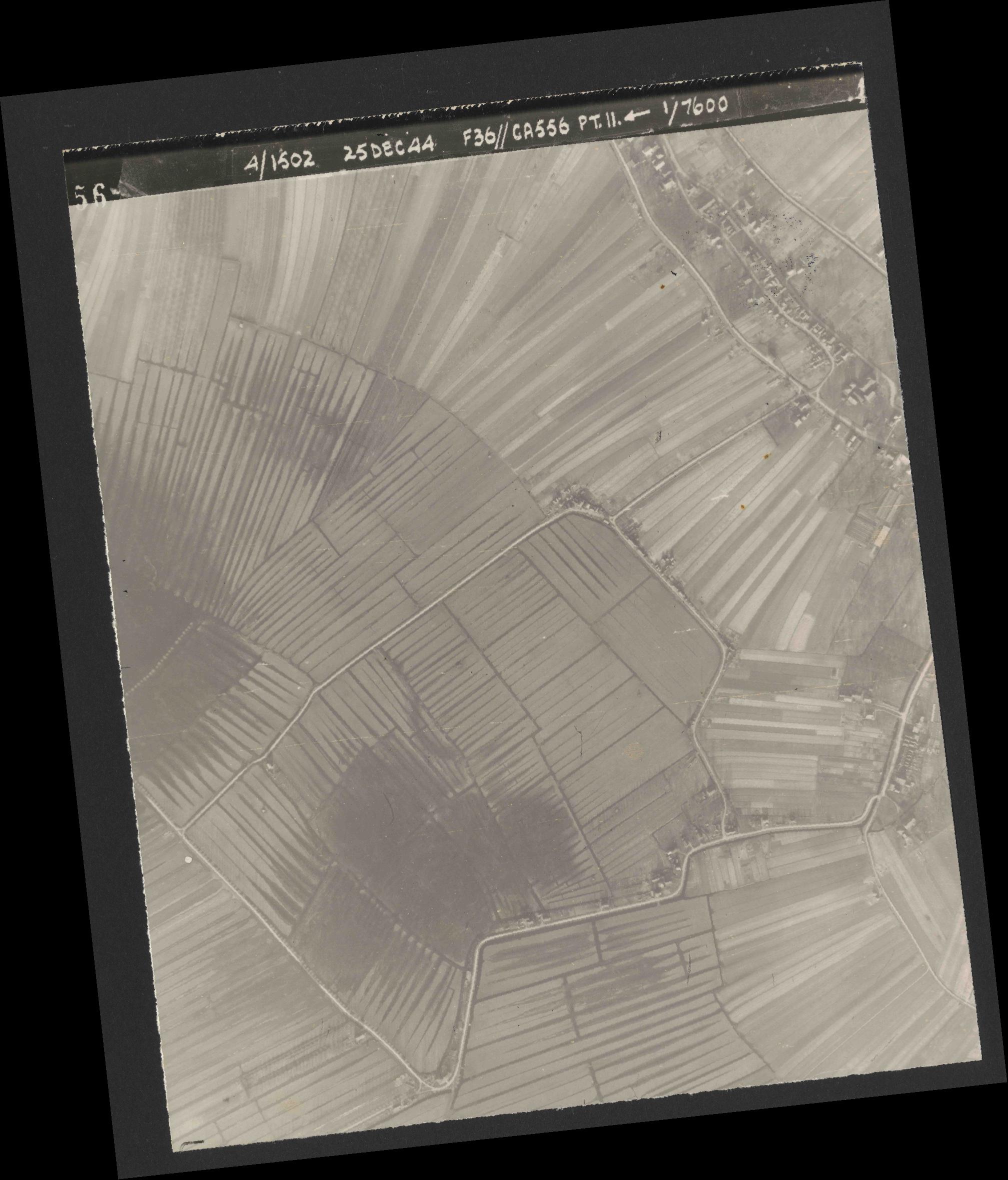 Collection RAF aerial photos 1940-1945 - flight 306, run 11, photo 4356