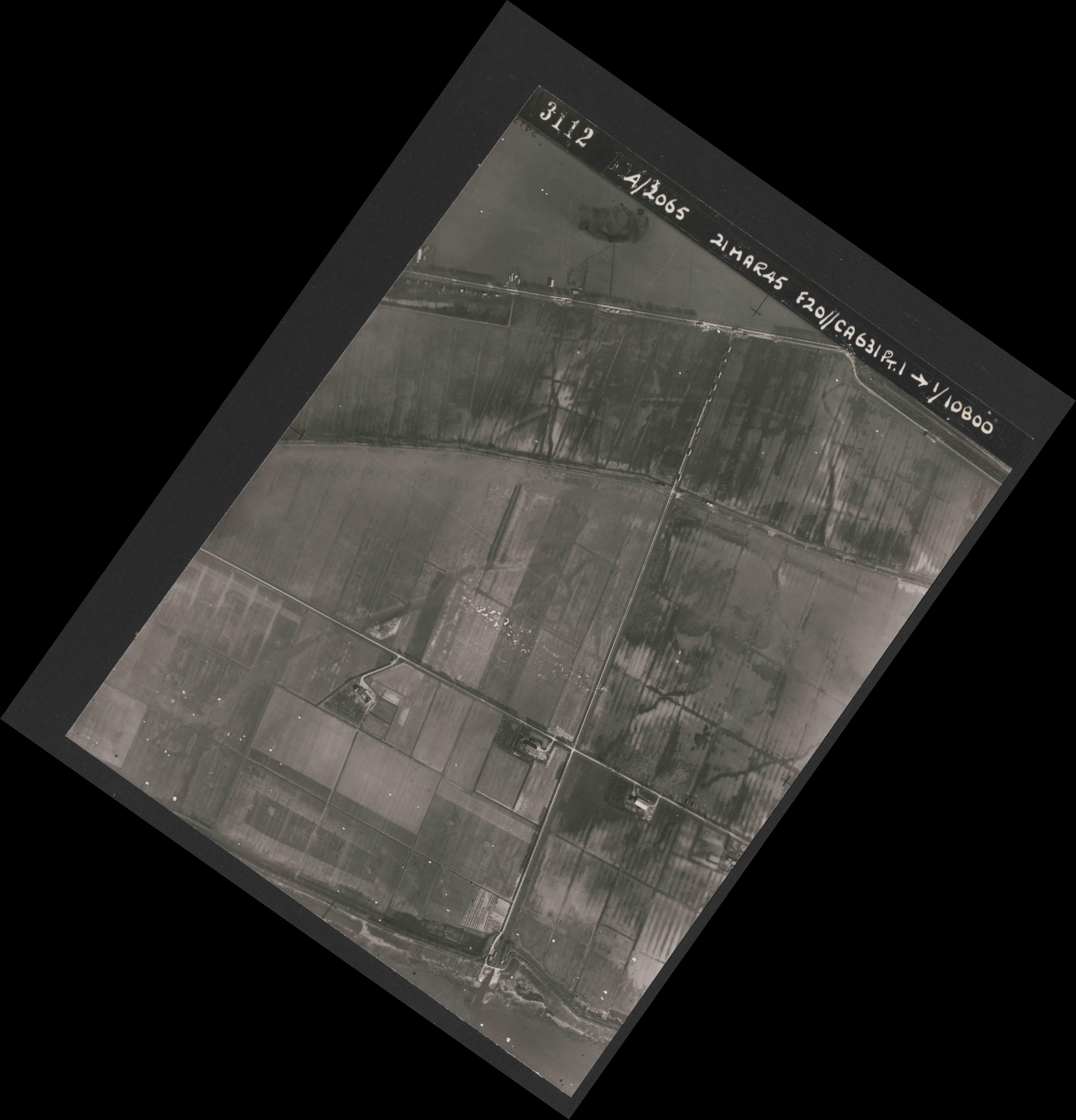 Collection RAF aerial photos 1940-1945 - flight 308, run 03, photo 3112