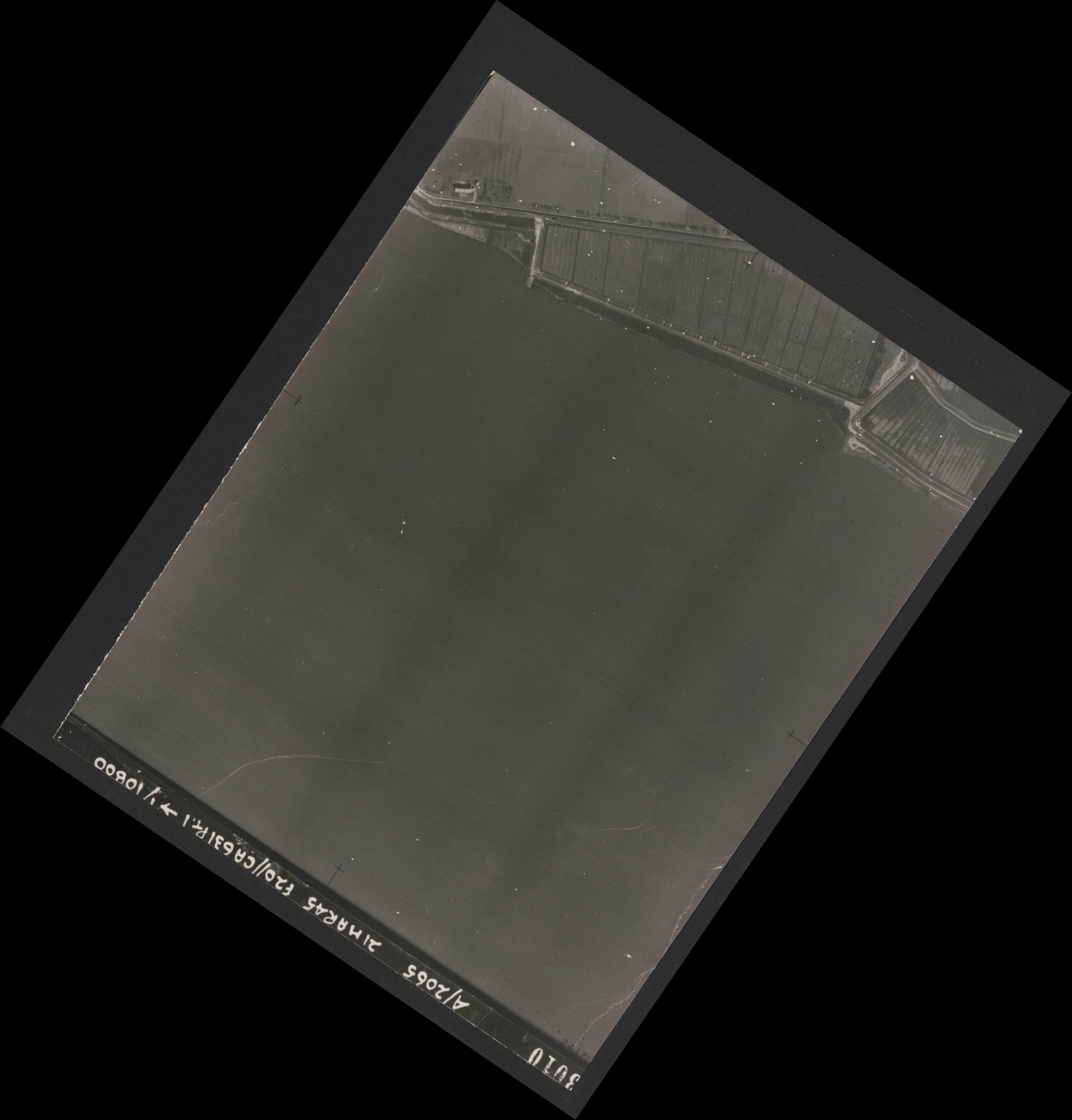 Collection RAF aerial photos 1940-1945 - flight 308, run 05, photo 3010