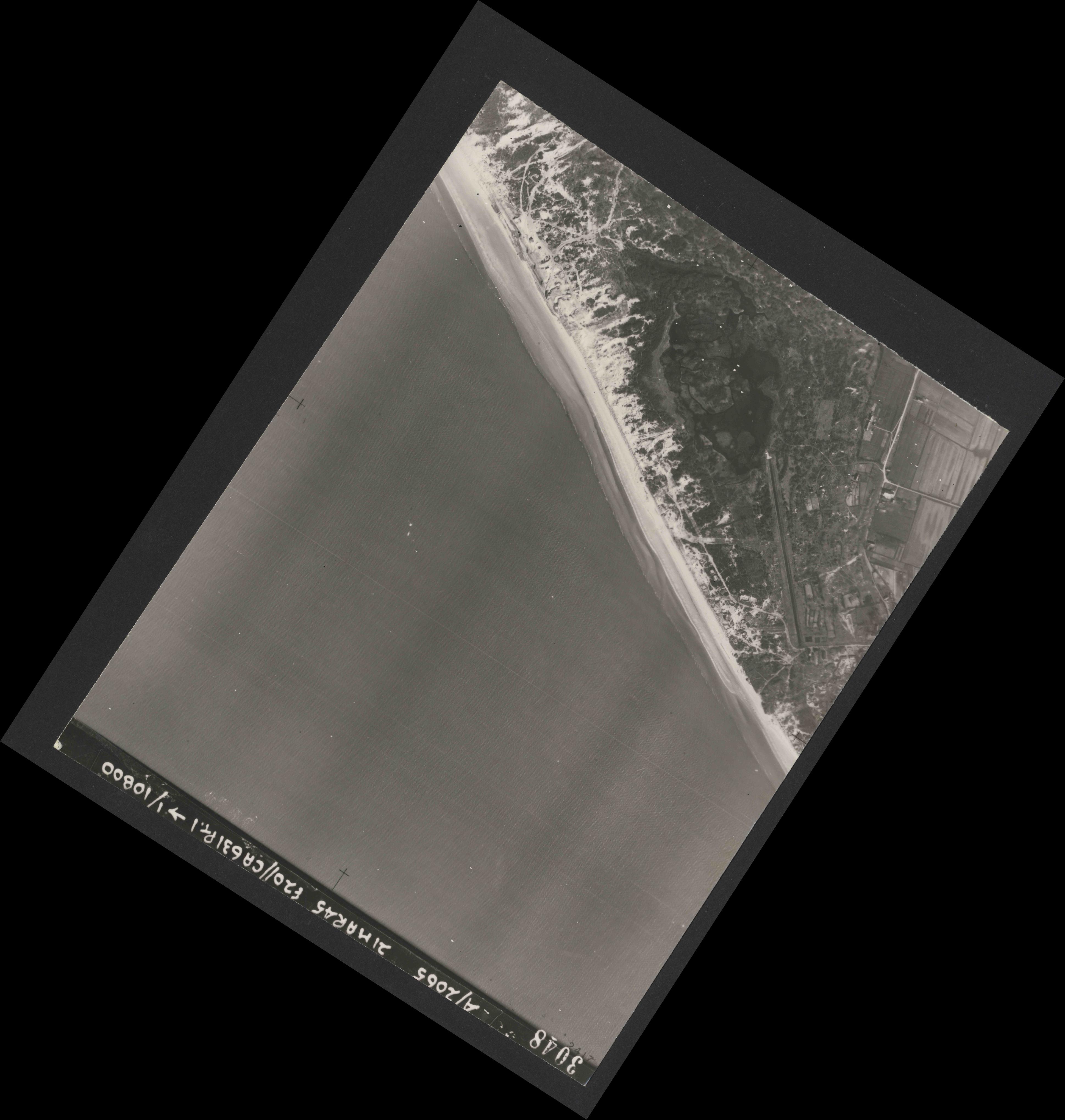 Collection RAF aerial photos 1940-1945 - flight 308, run 05, photo 3048