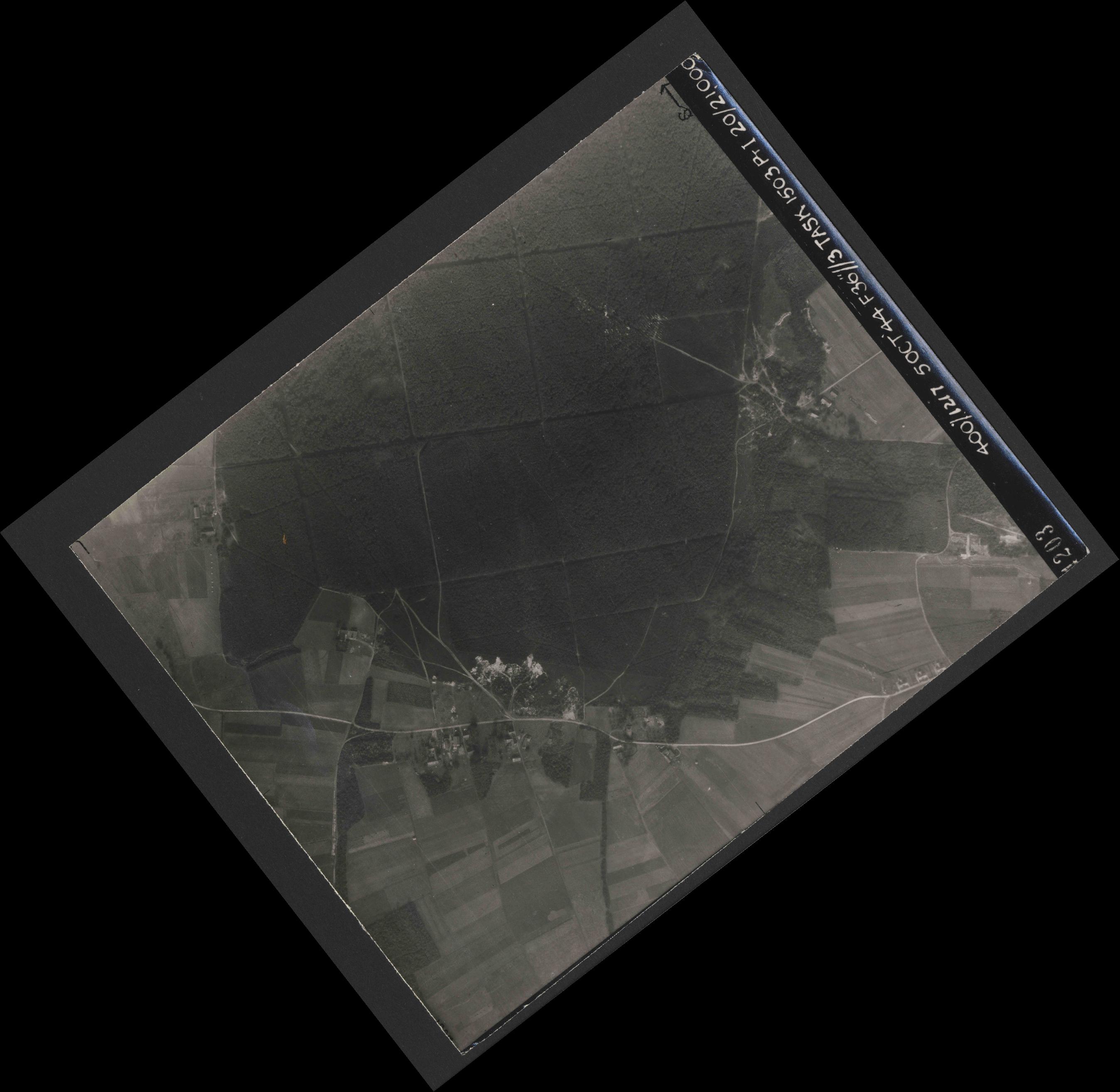 Collection RAF aerial photos 1940-1945 - flight 316, run 02, photo 4203