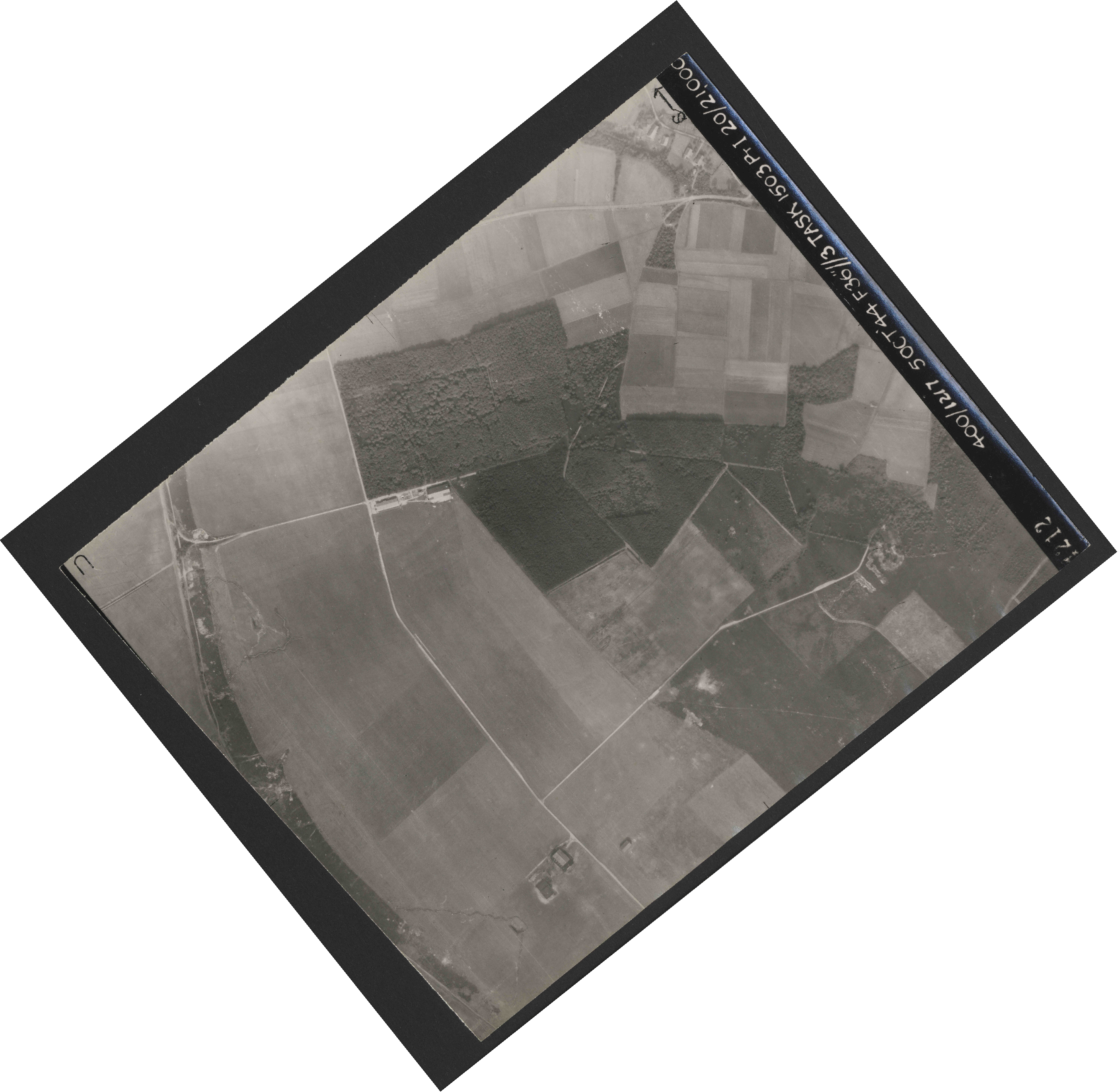 Collection RAF aerial photos 1940-1945 - flight 316, run 02, photo 4212