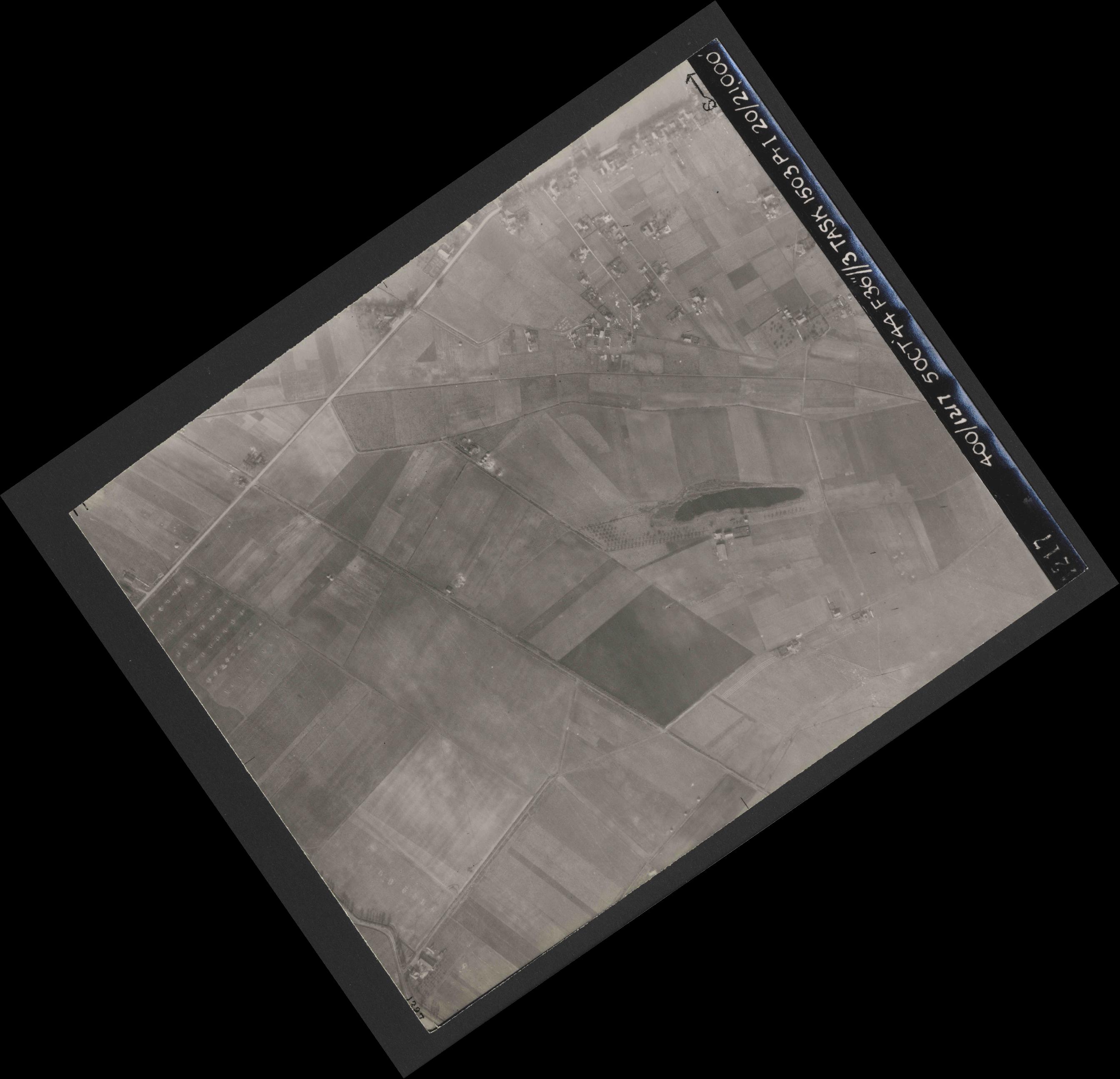 Collection RAF aerial photos 1940-1945 - flight 316, run 02, photo 4217