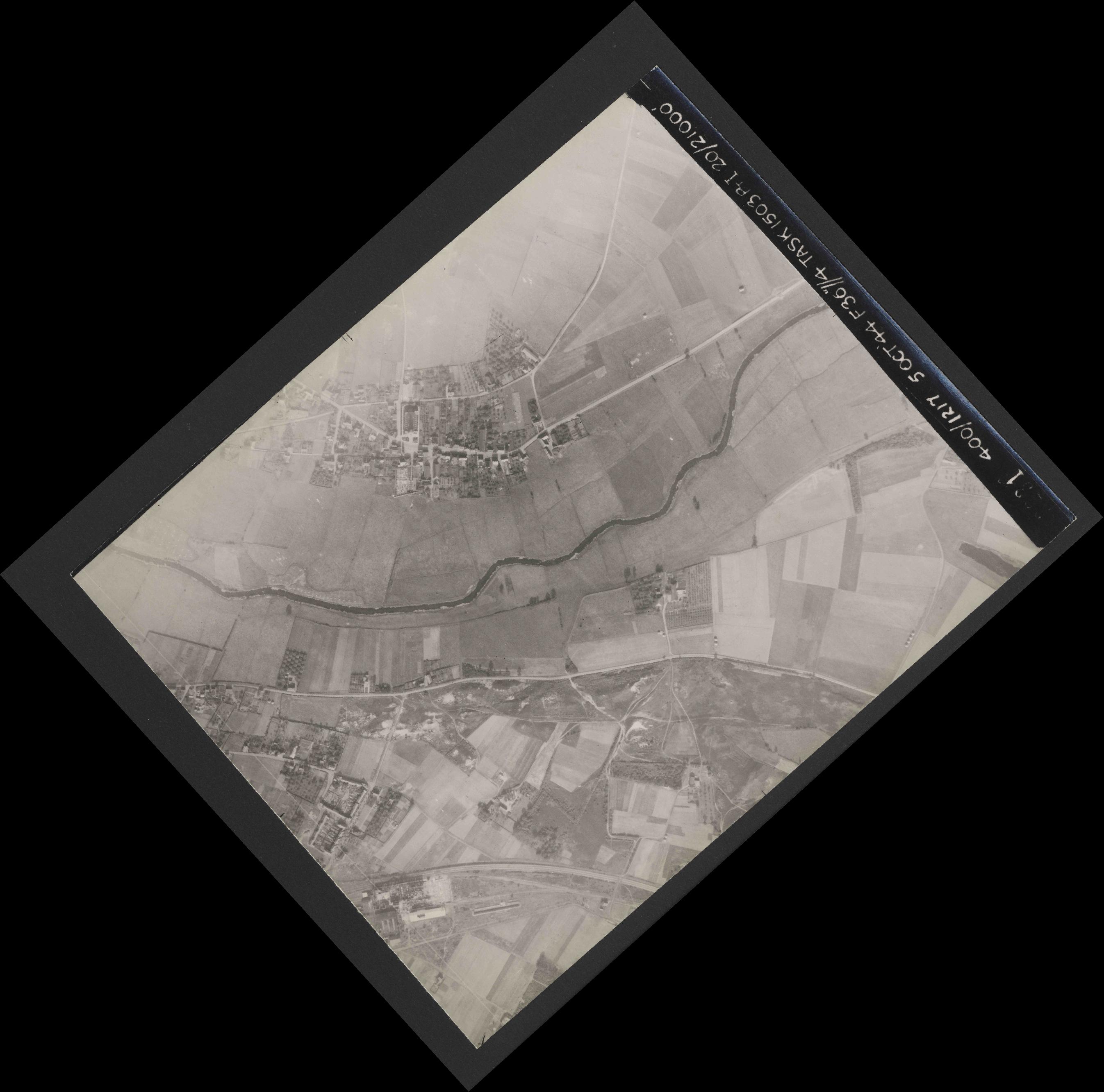 Collection RAF aerial photos 1940-1945 - flight 316, run 09, photo 3231