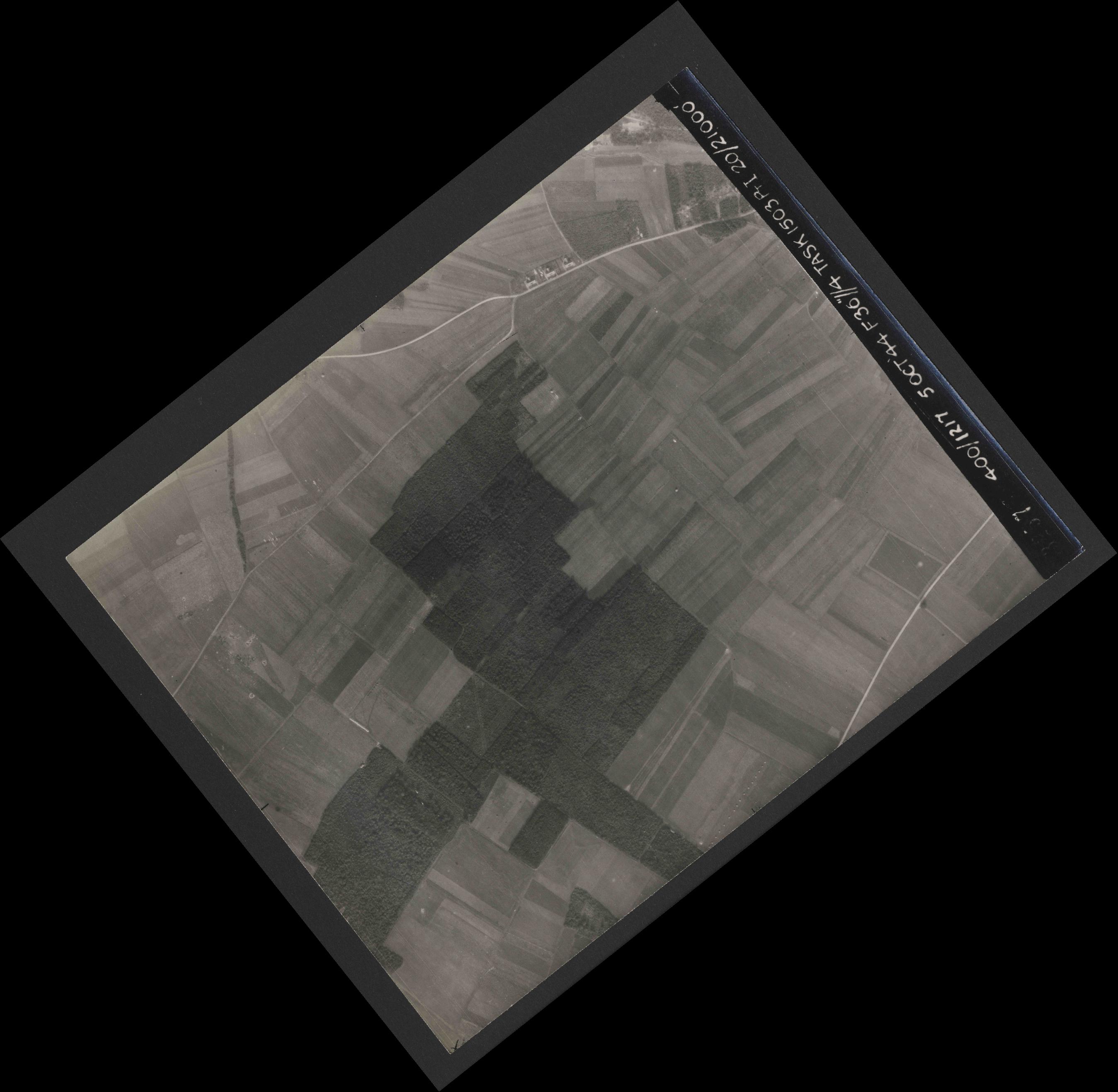 Collection RAF aerial photos 1940-1945 - flight 316, run 09, photo 3257