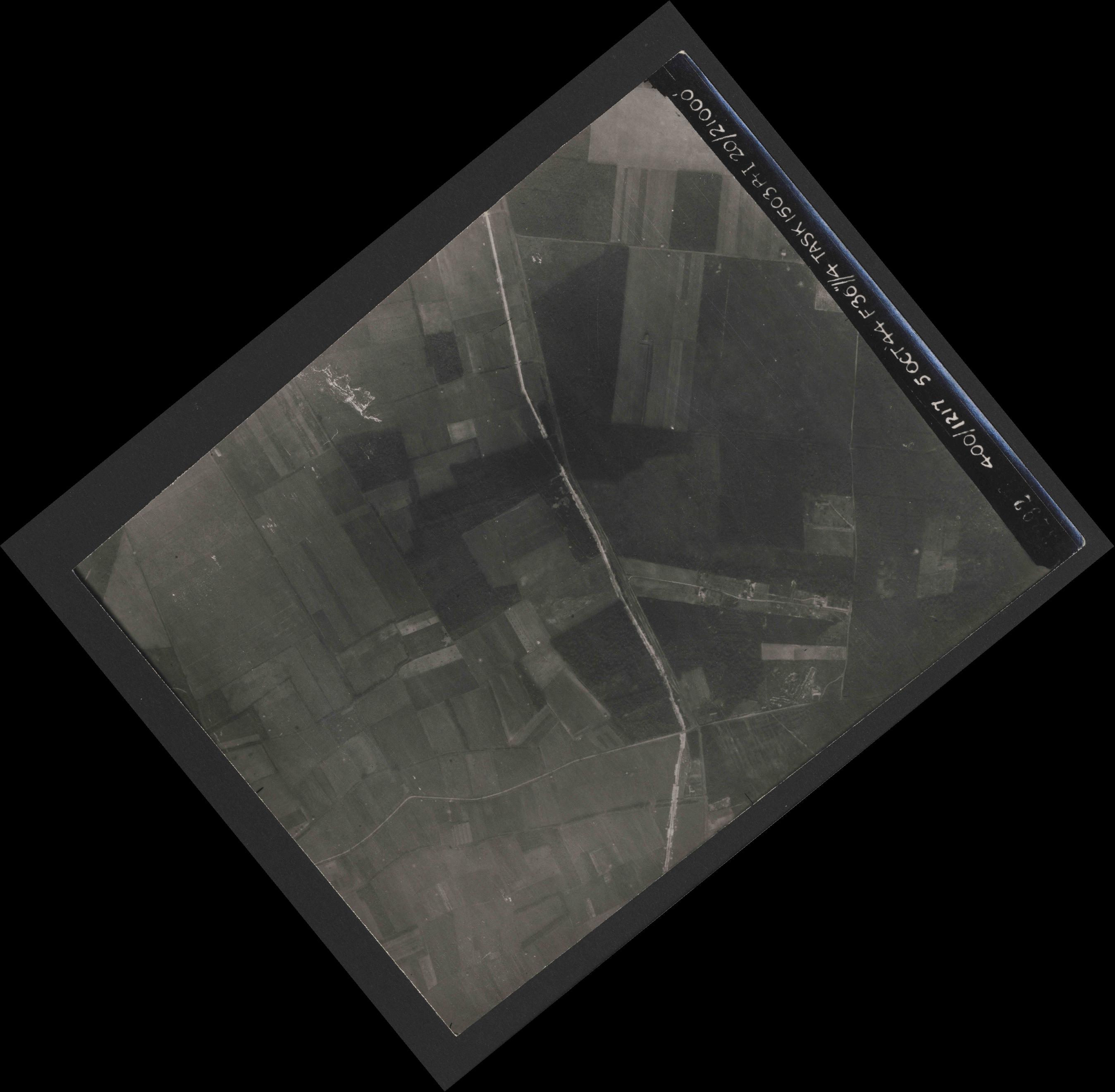 Collection RAF aerial photos 1940-1945 - flight 316, run 11, photo 3292