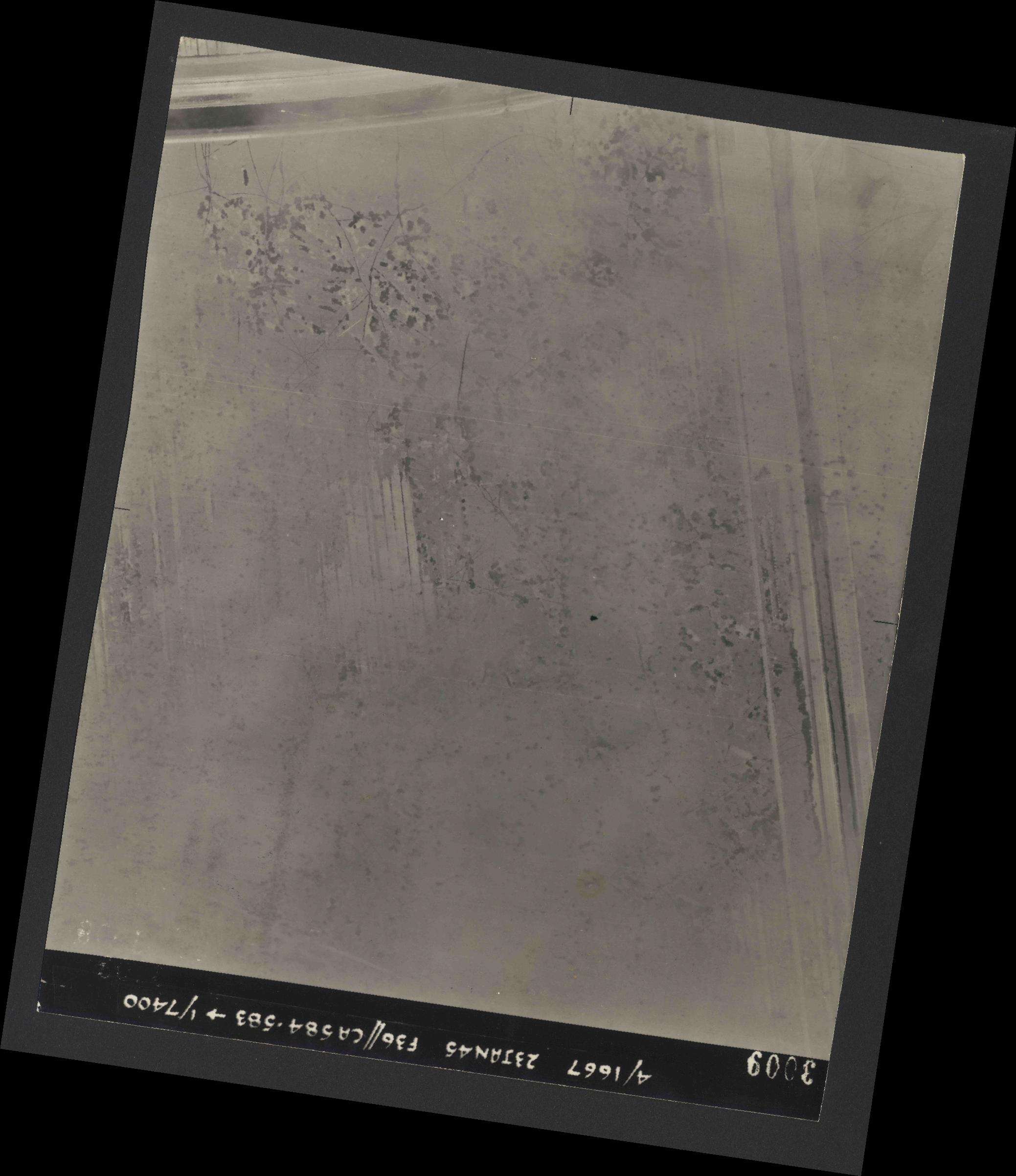 Collection RAF aerial photos 1940-1945 - flight 324, run 01, photo 3009