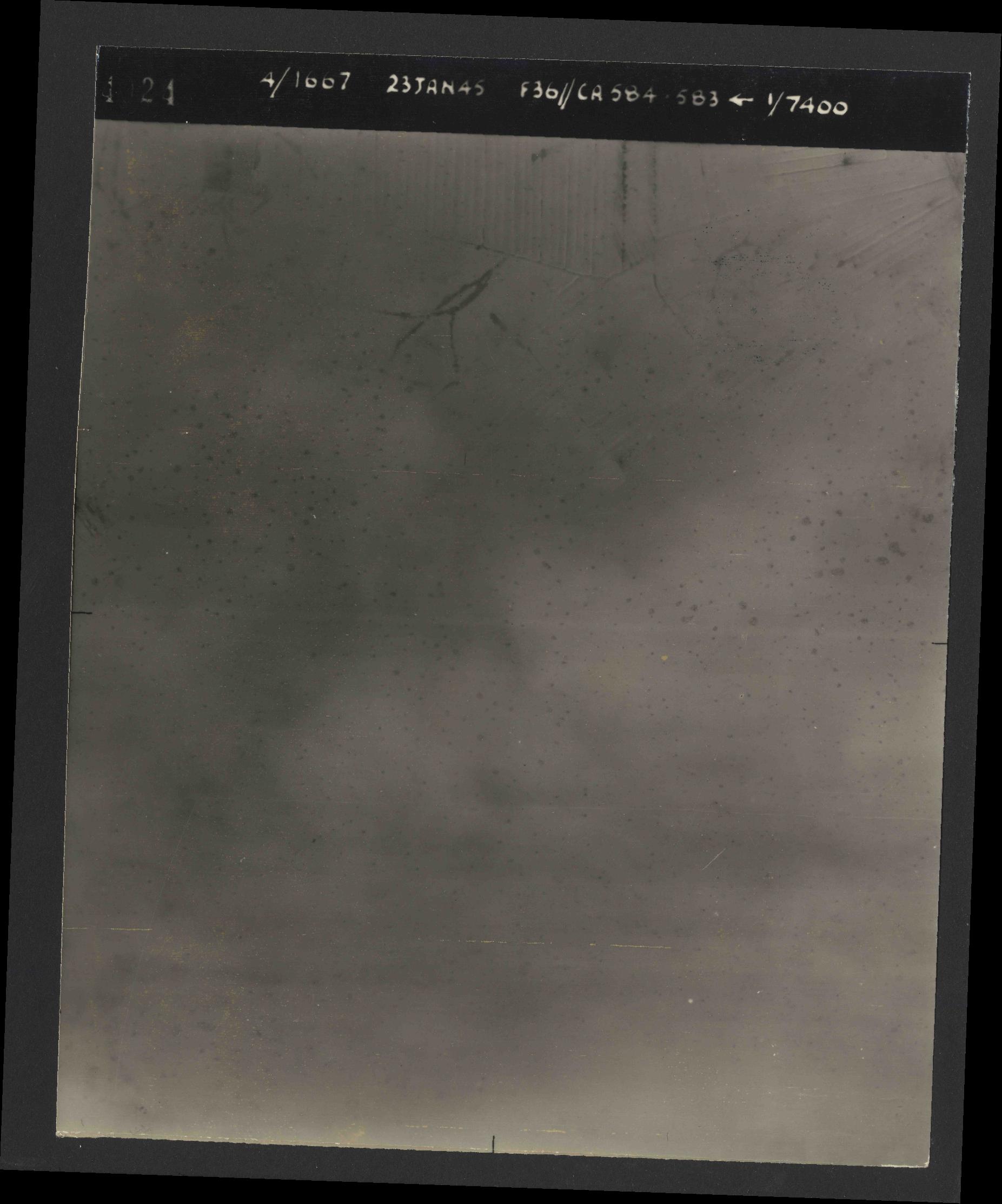 Collection RAF aerial photos 1940-1945 - flight 324, run 02, photo 4024