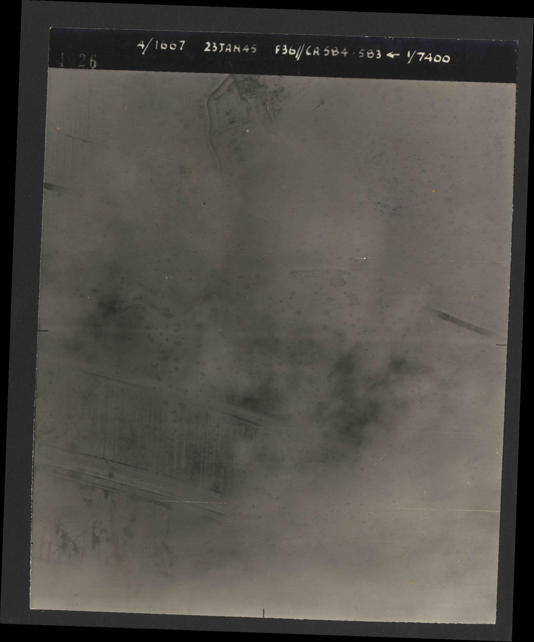 Collection RAF aerial photos 1940-1945 - flight 324, run 02, photo 4026