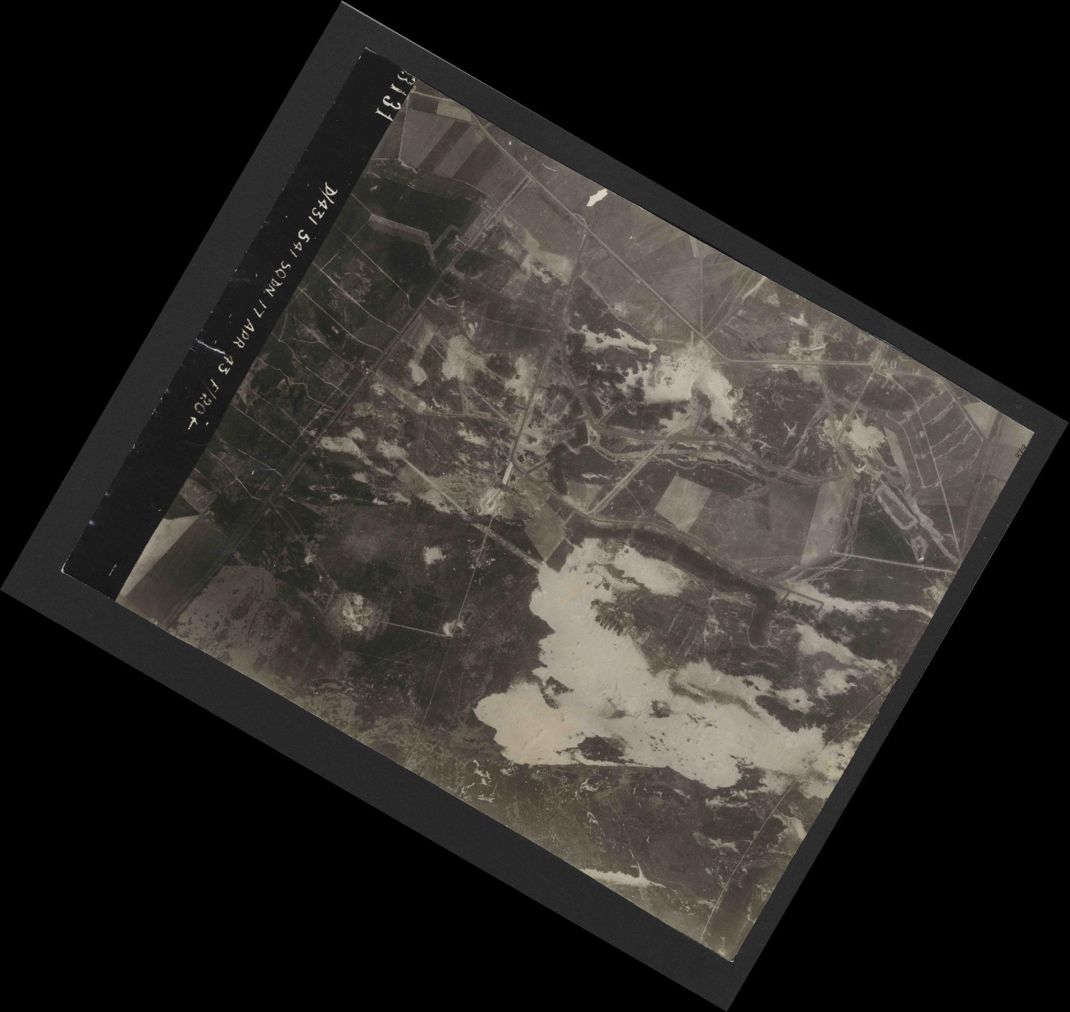 Collection RAF aerial photos 1940-1945 - flight 329, run 07, photo 3131