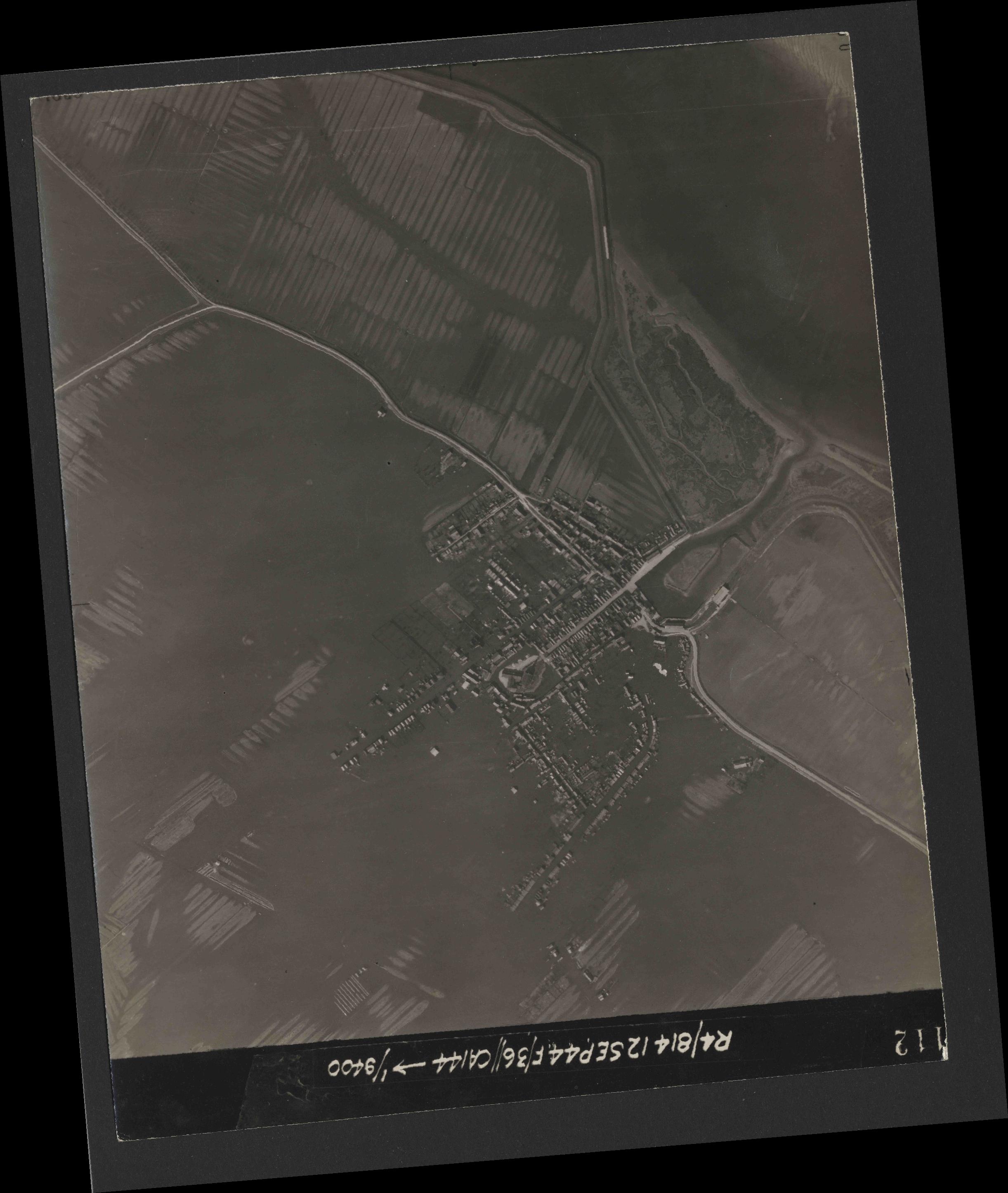 Collection RAF aerial photos 1940-1945 - flight 333, run 05, photo 3112
