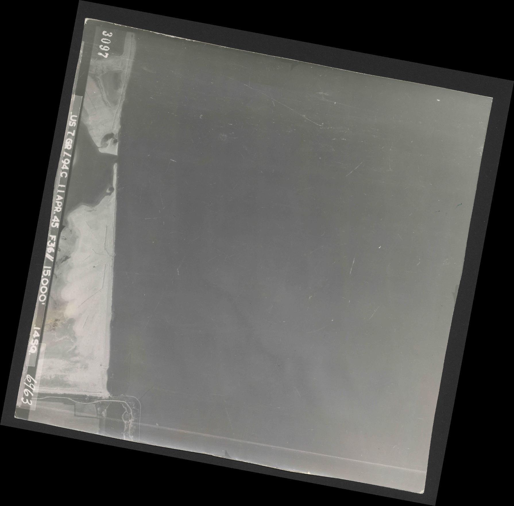 Collection RAF aerial photos 1940-1945 - flight 345, run 01, photo 3097