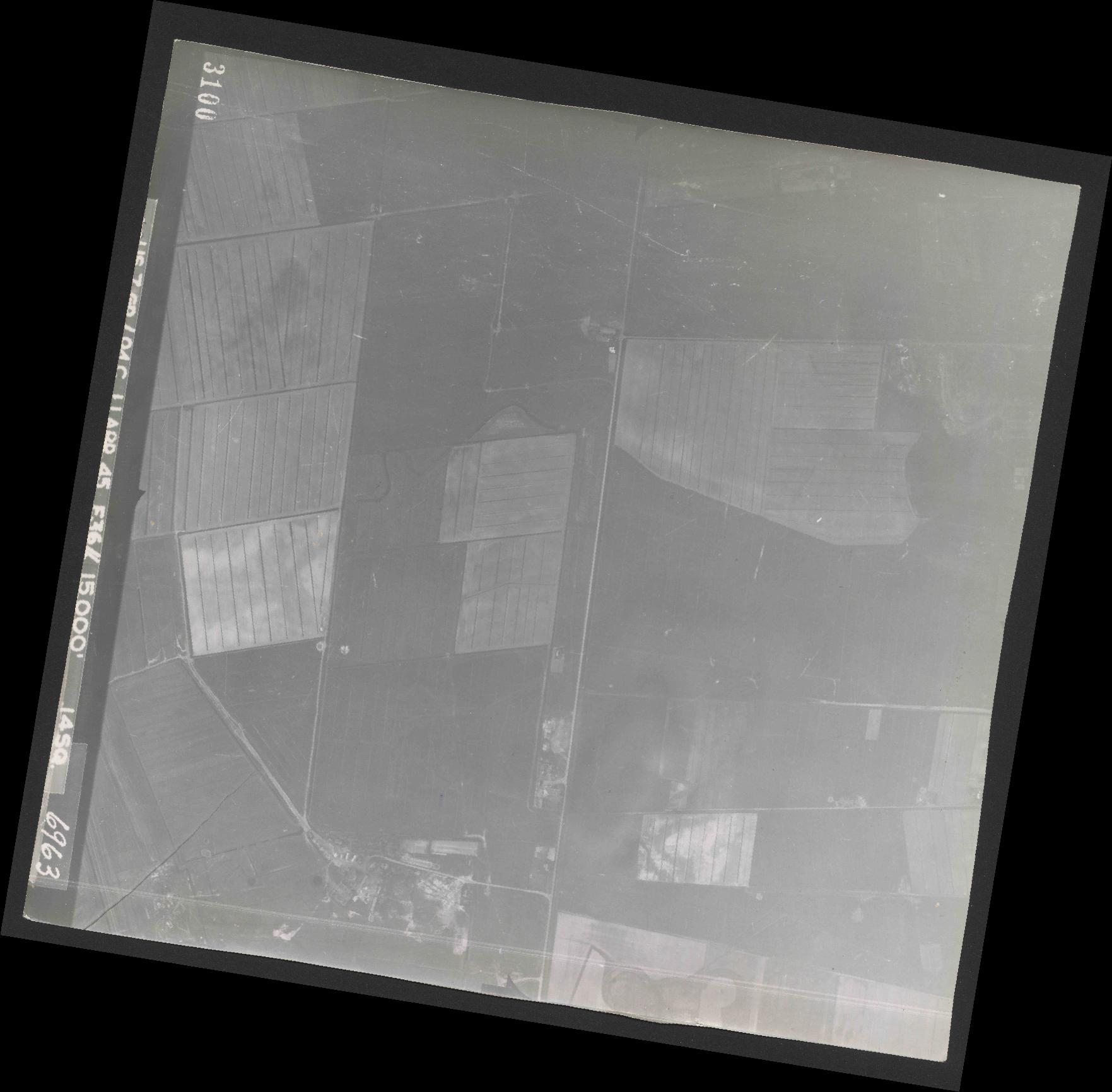 Collection RAF aerial photos 1940-1945 - flight 345, run 01, photo 3100