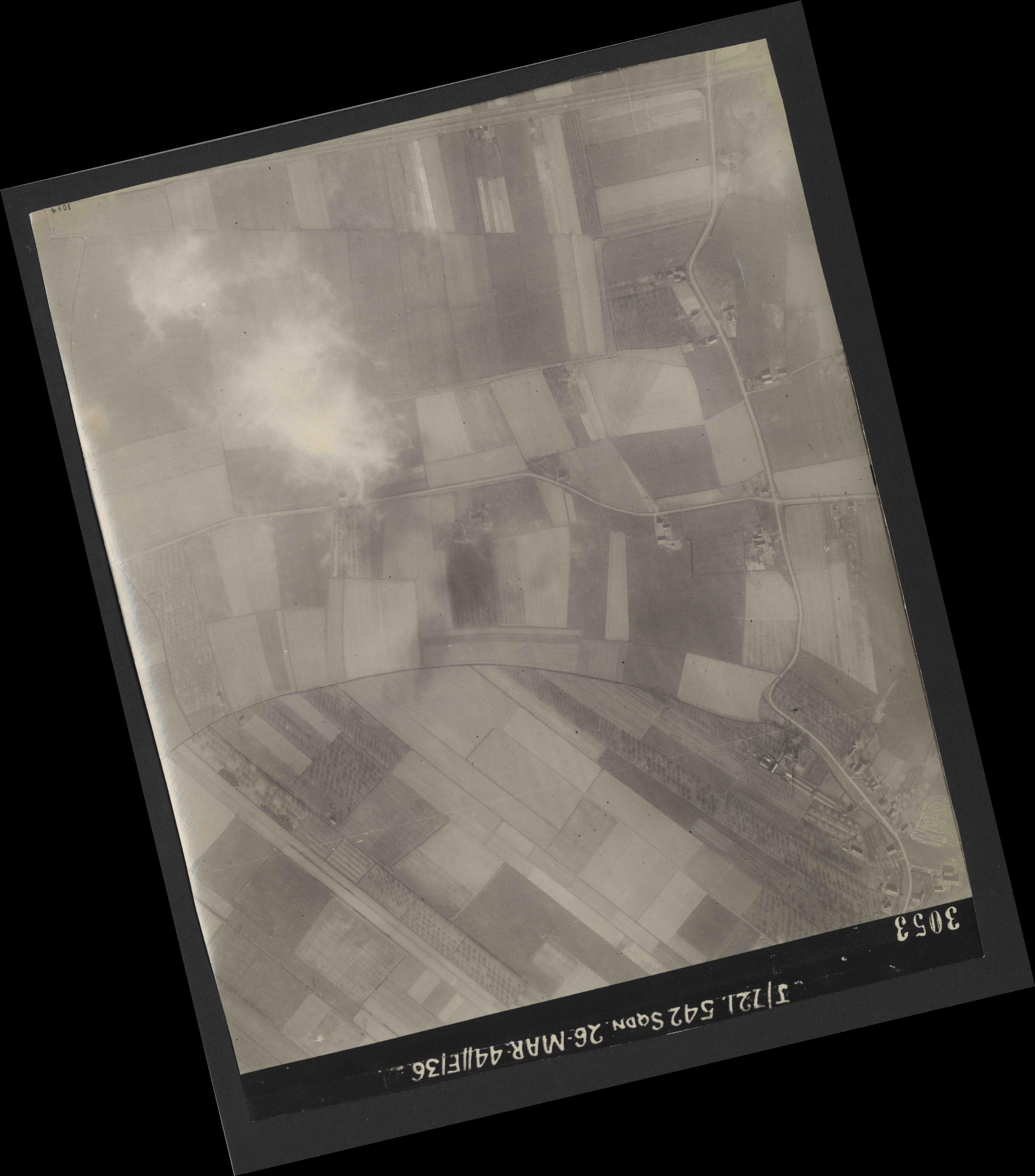 Collection RAF aerial photos 1940-1945 - flight 349, run 07, photo 3053