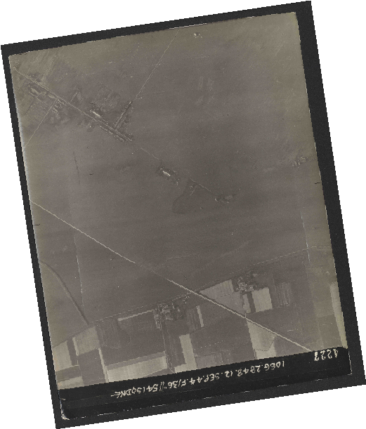 Collection RAF aerial photos 1940-1945 - flight 350, run 05, photo 4227