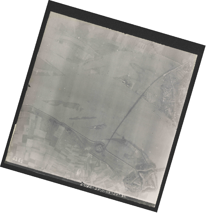 Collection RAF aerial photos 1940-1945 - flight 354, run 02, photo 4141
