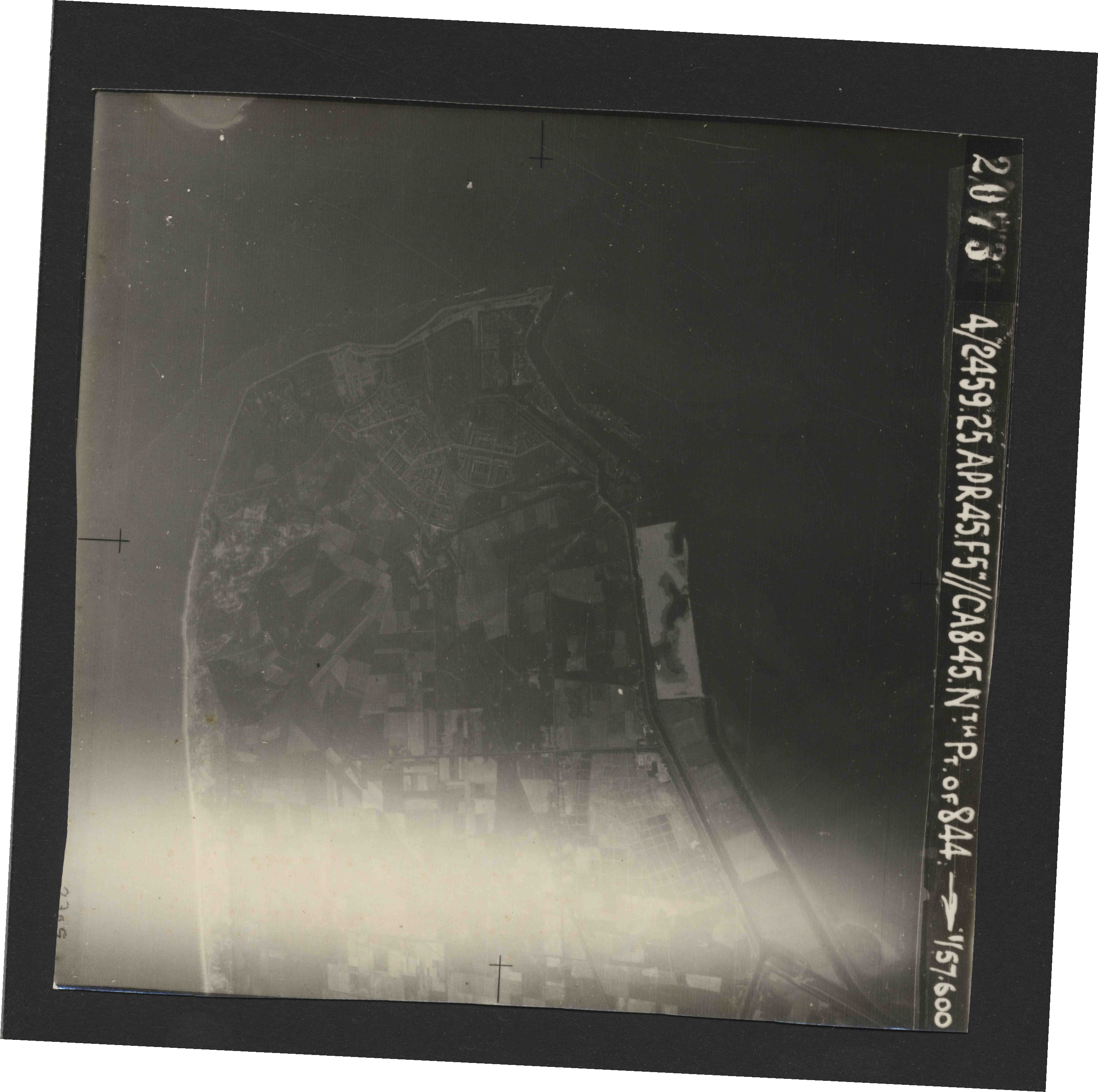 Collection RAF aerial photos 1940-1945 - flight 500, run 02, photo 2073