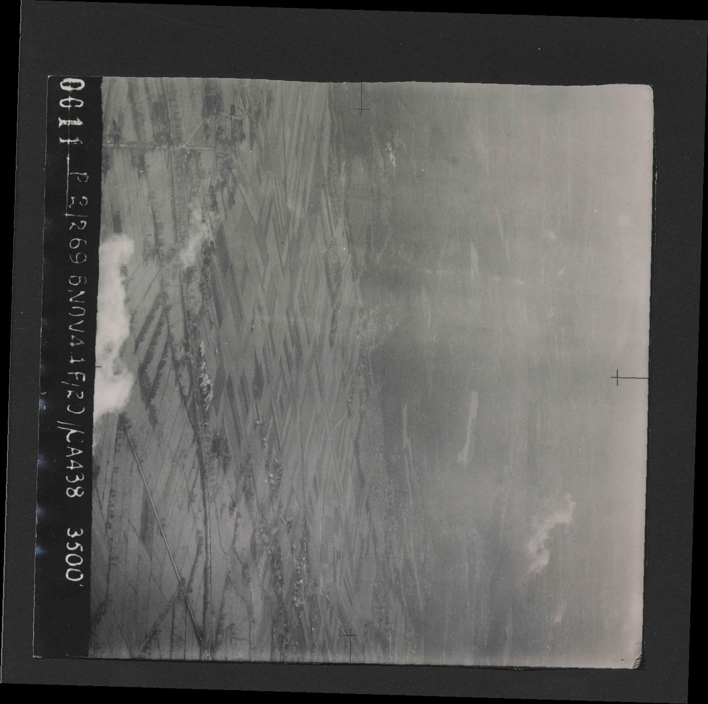 Collection RAF aerial photos 1940-1945 - flight 501, run 01, photo 0011