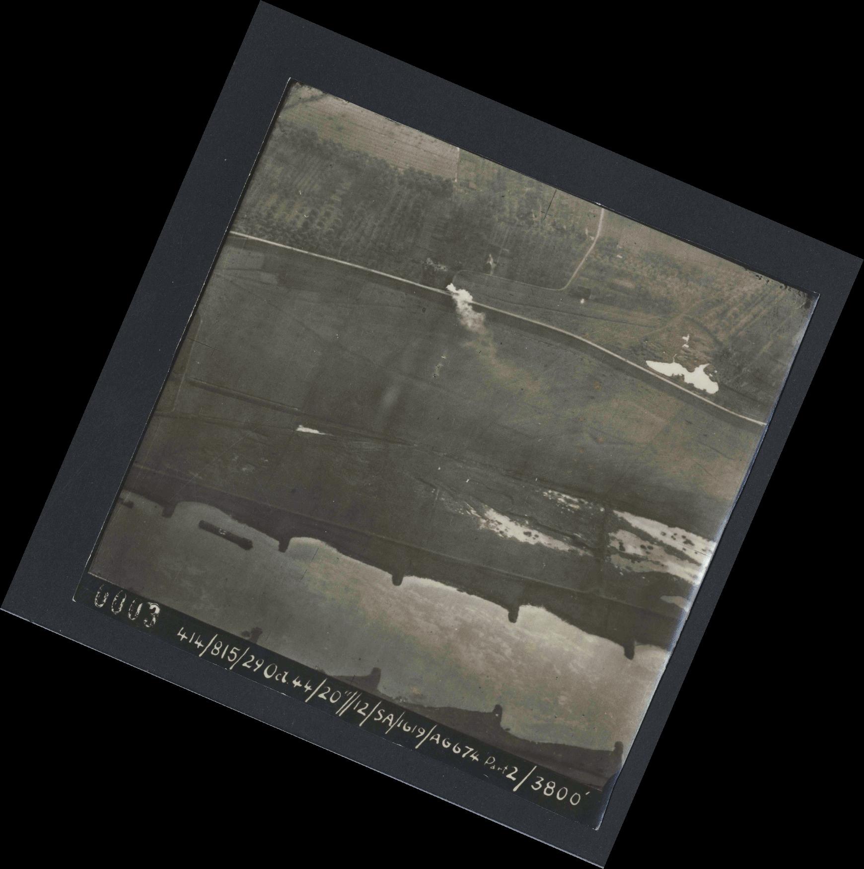 Collection RAF aerial photos 1940-1945 - flight 504, run 01, photo 0003