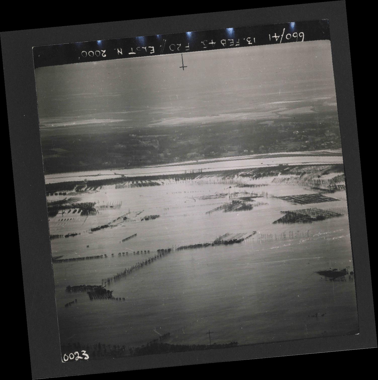 Collection RAF aerial photos 1940-1945 - flight 505, run 01, photo 0023