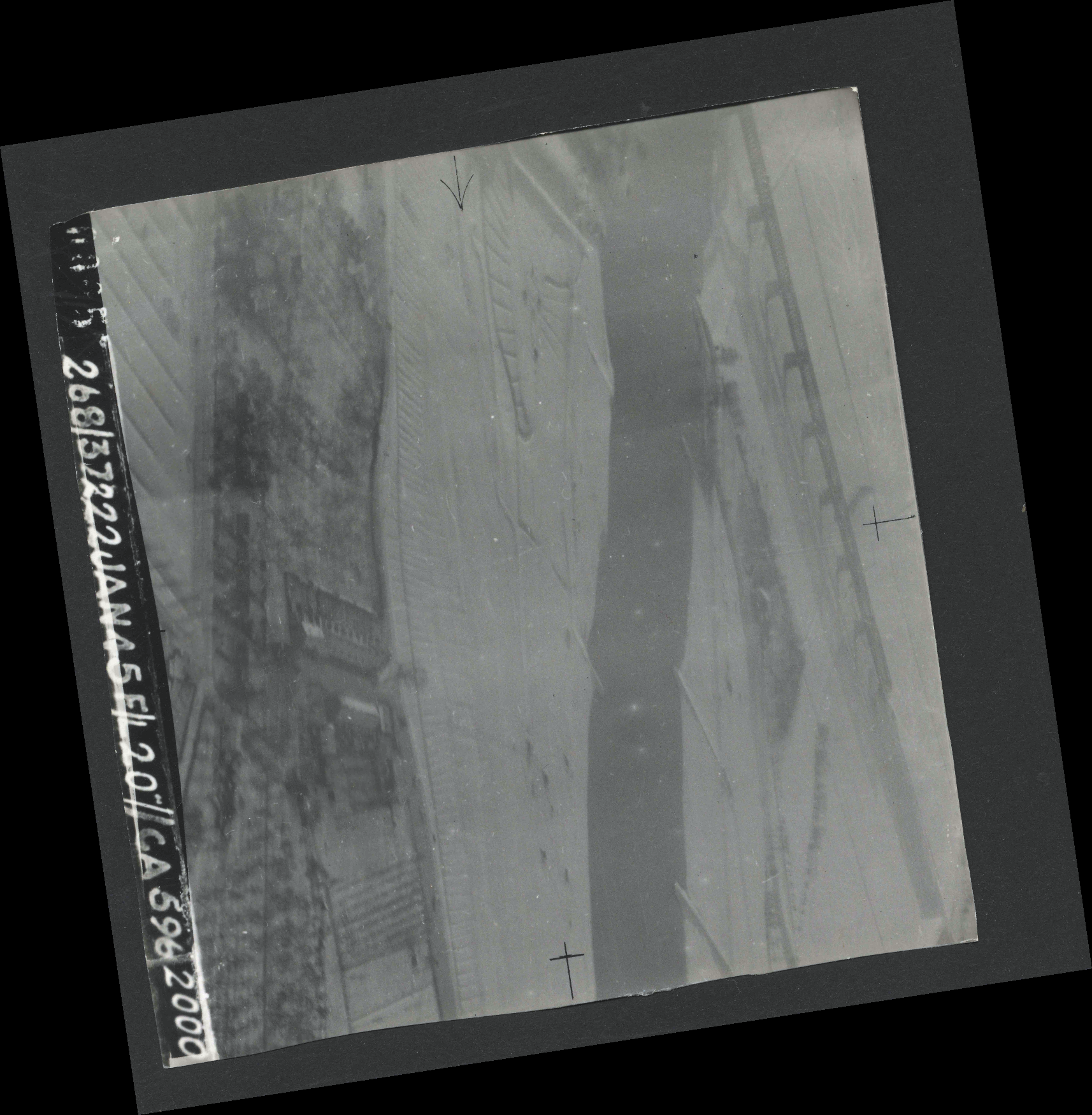 Collection RAF aerial photos 1940-1945 - flight 508, run 01, photo 0005