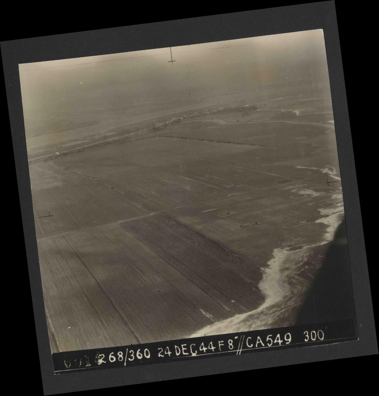 Collection RAF aerial photos 1940-1945 - flight 531, run 01, photo 0014
