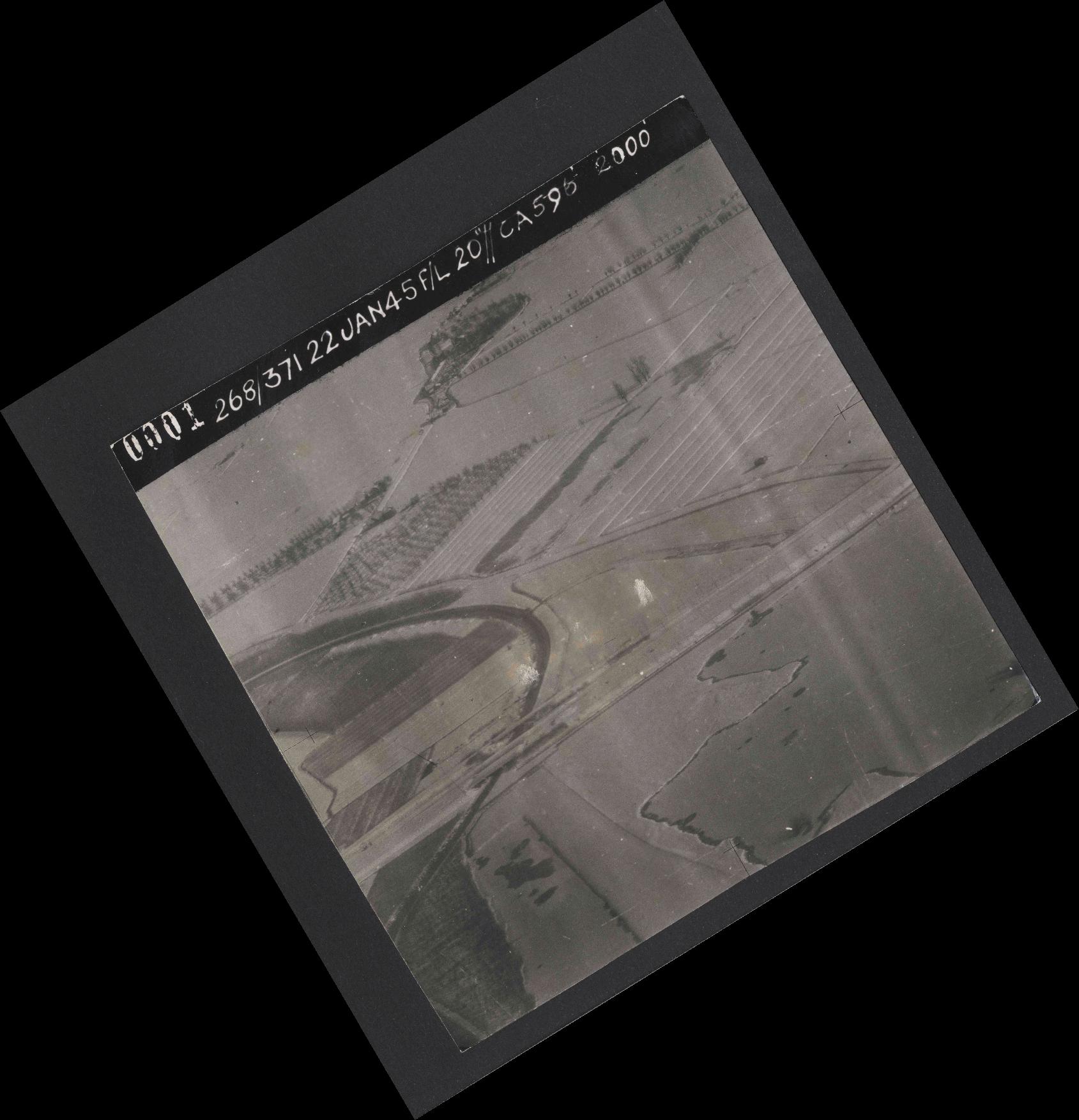 Collection RAF aerial photos 1940-1945 - flight 540, run 01, photo 0001