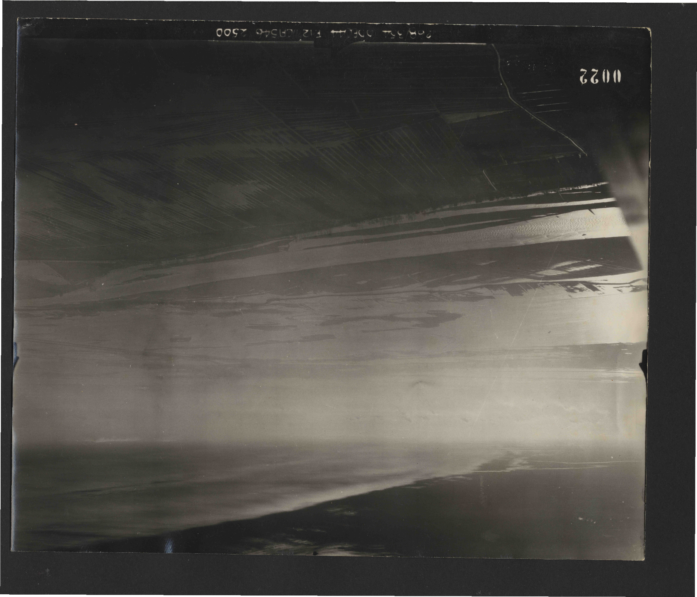 Collection RAF aerial photos 1940-1945 - flight 549, run 01, photo 0022