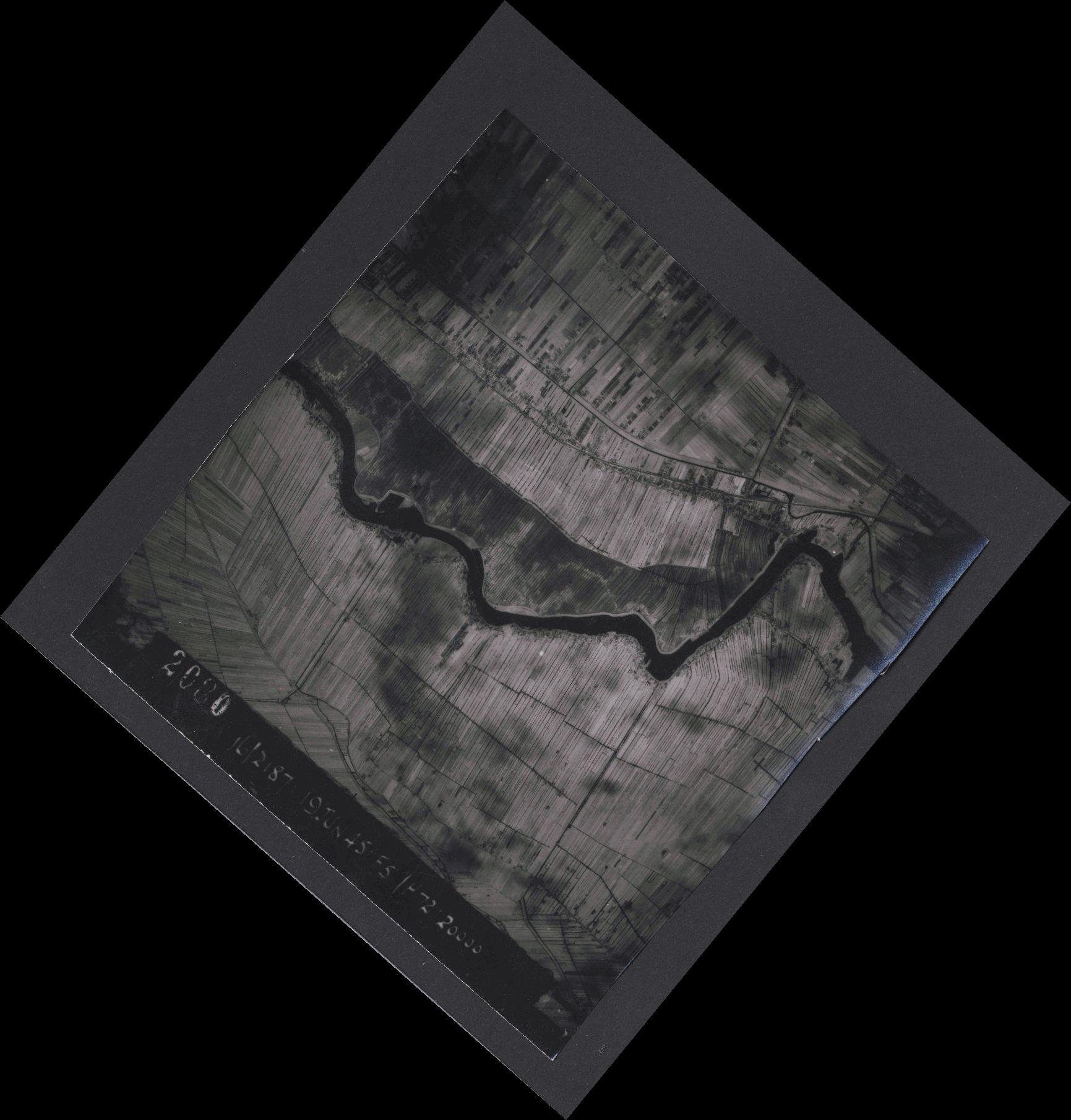 Collection RAF aerial photos 1940-1945 - flight 551, run 02, photo 2080